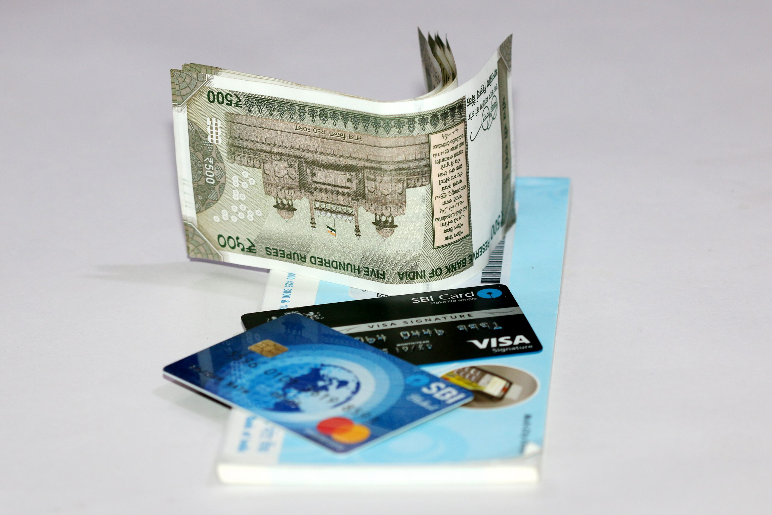 Money & Cards