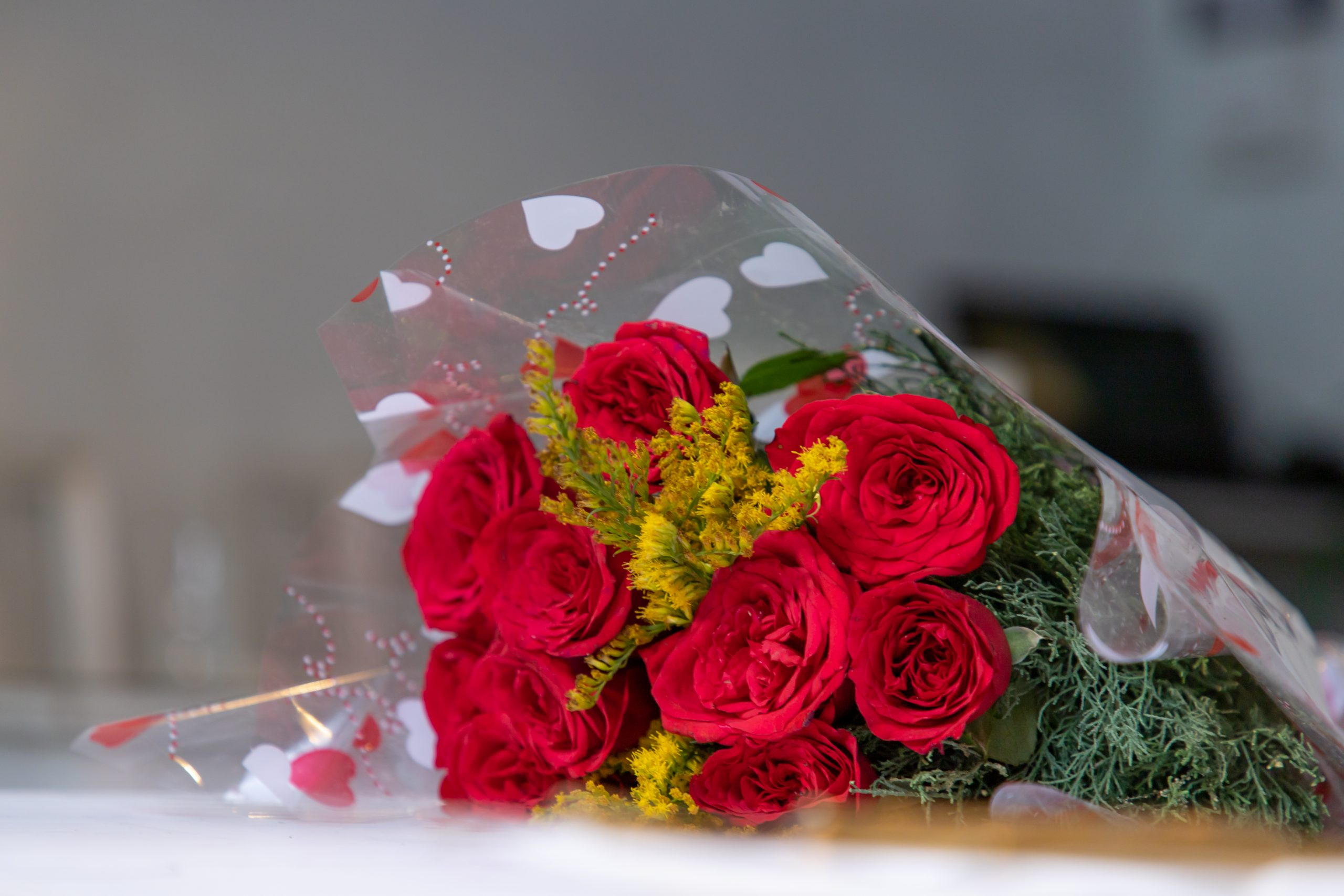 Red roses bouquet.