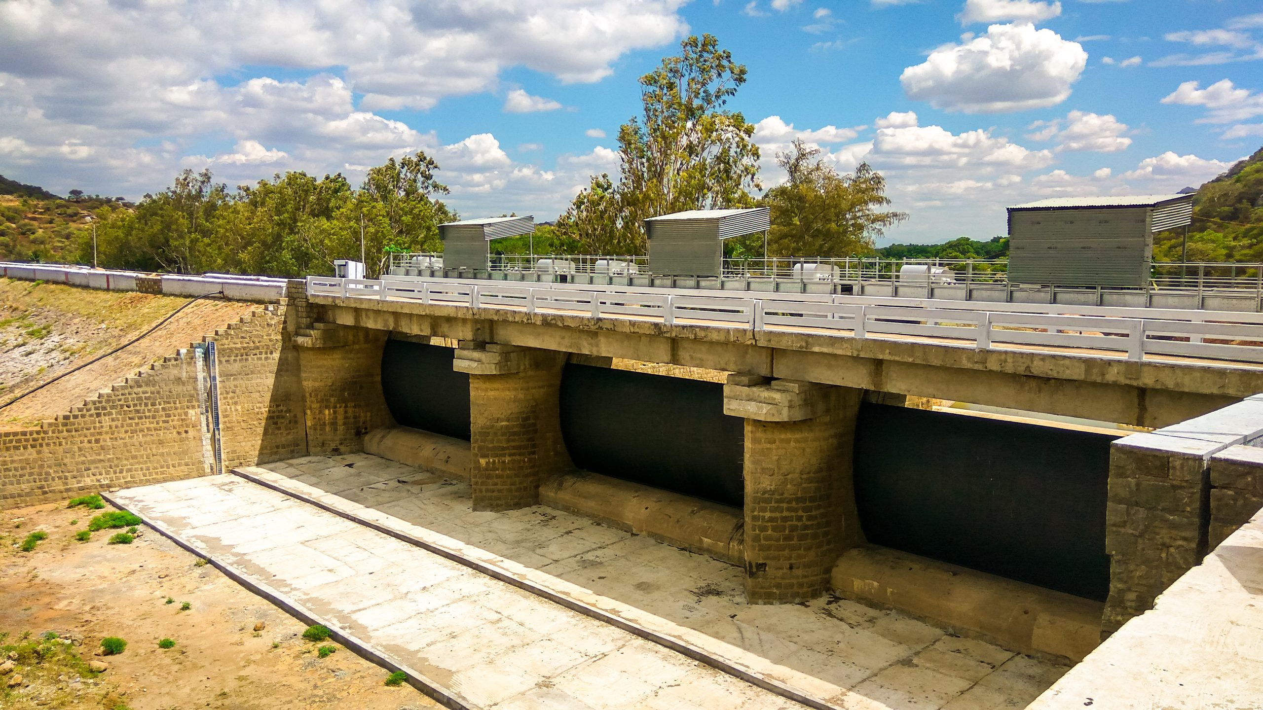 gates of dam