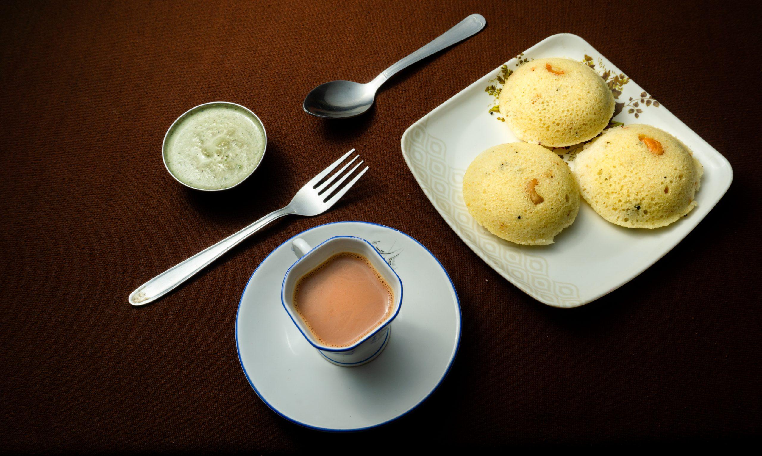 idli chutney and tea