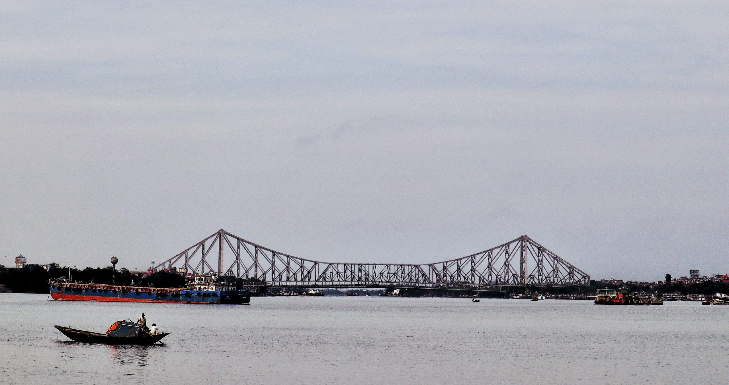 howrah bridge and hoogly river view