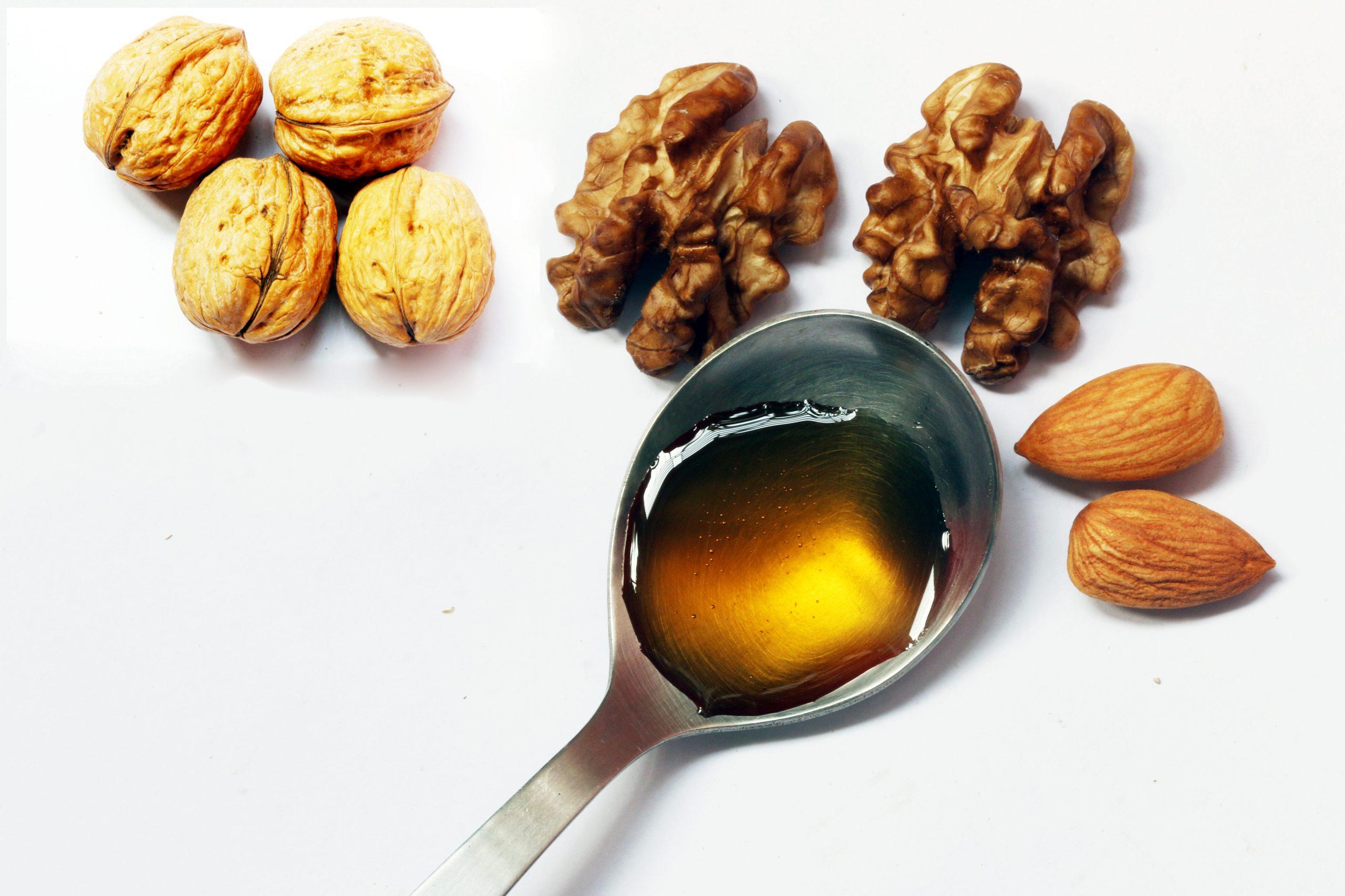 Walnut and almonds