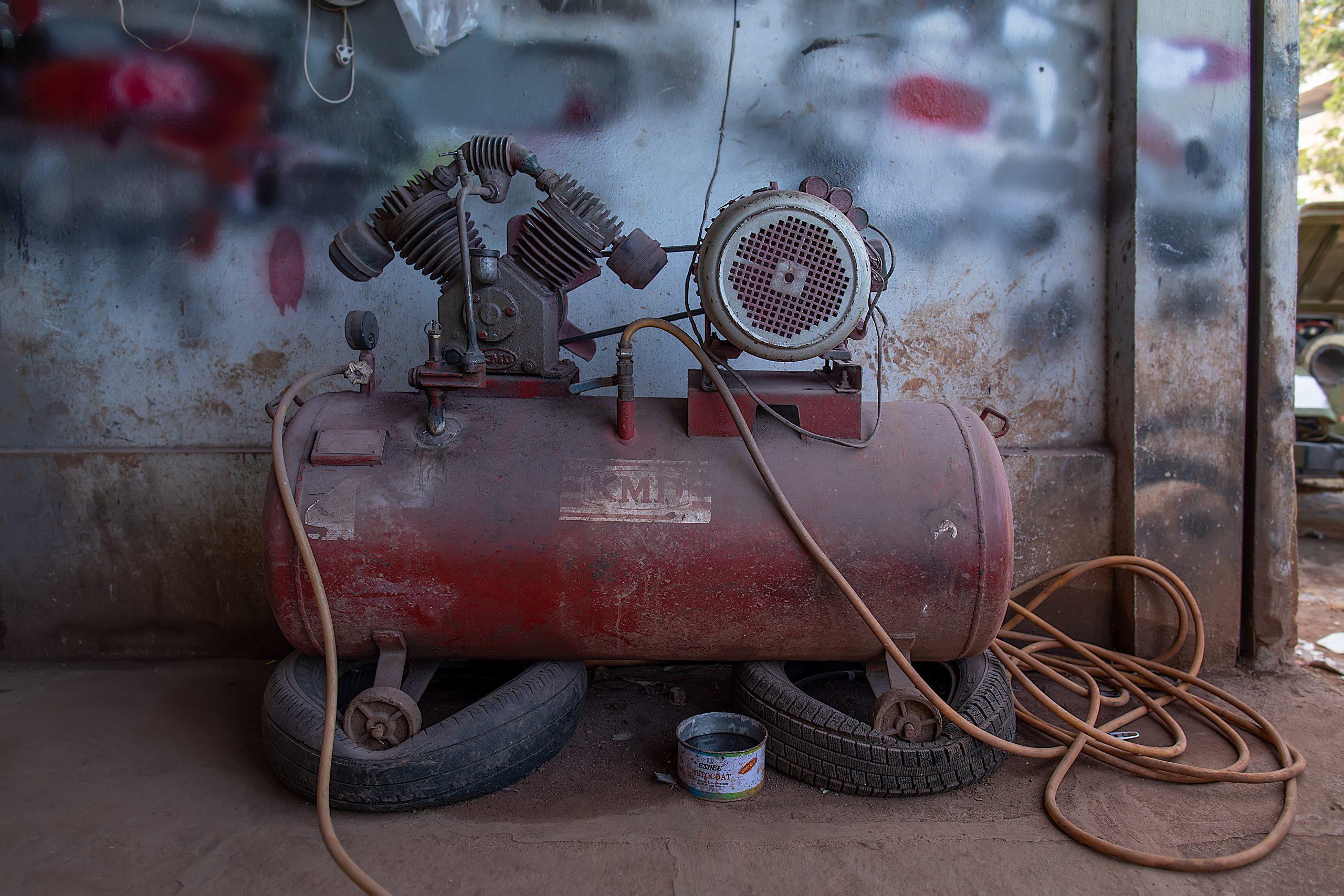 An air compressor machine