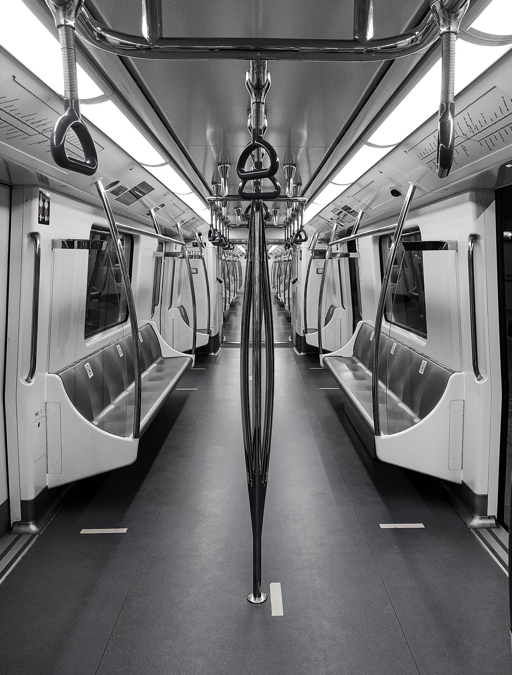 Monochromatic Metro