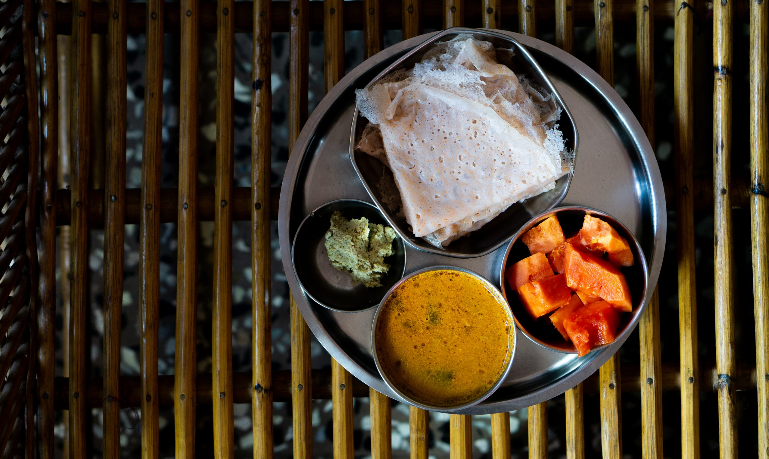 dosa and accompaniments