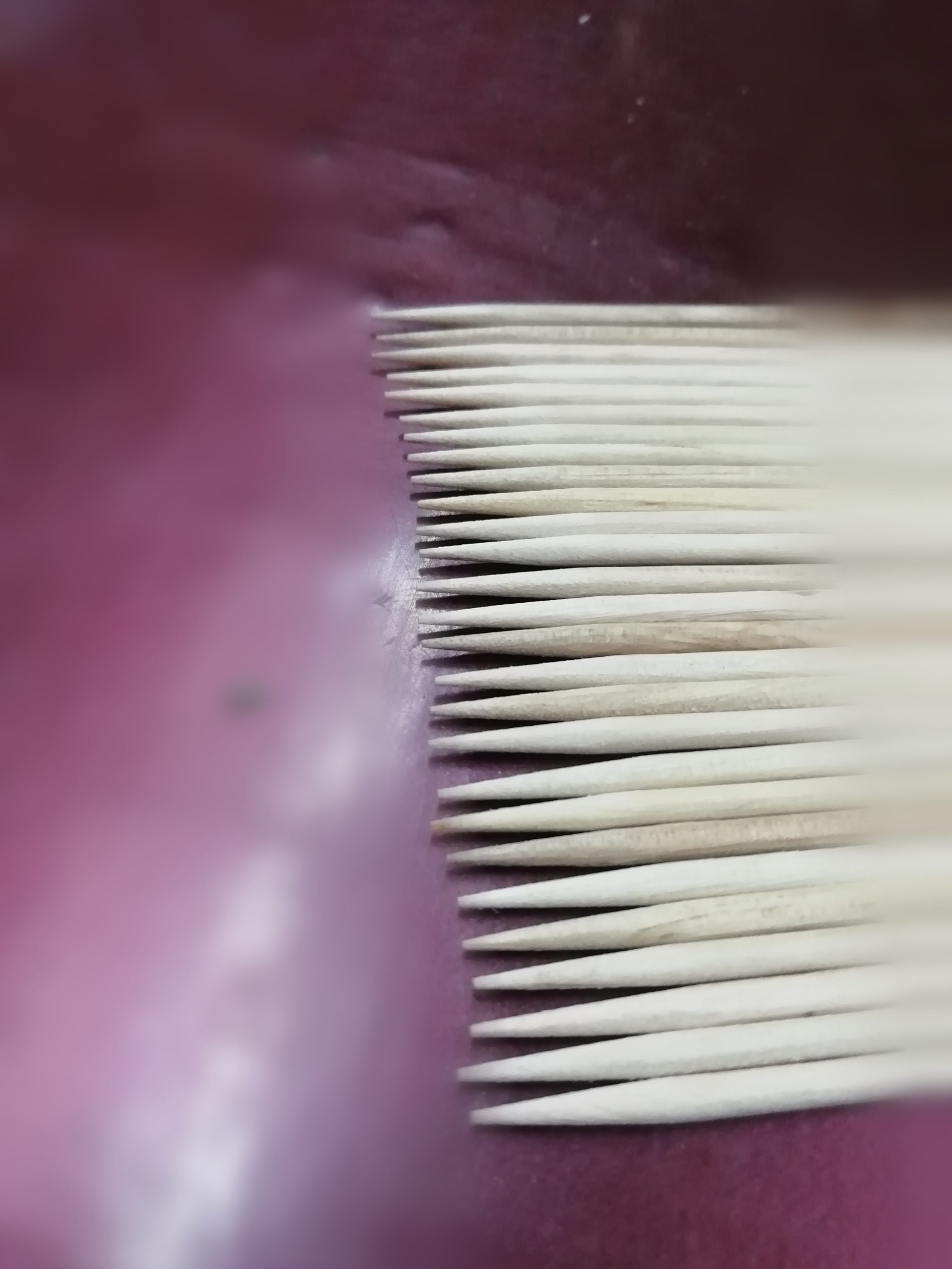 Pointed toothpicks