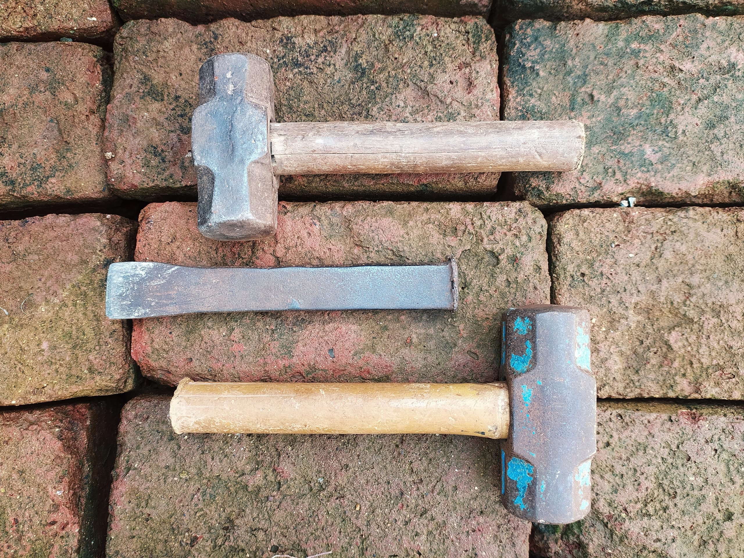 hammer and chisel tools