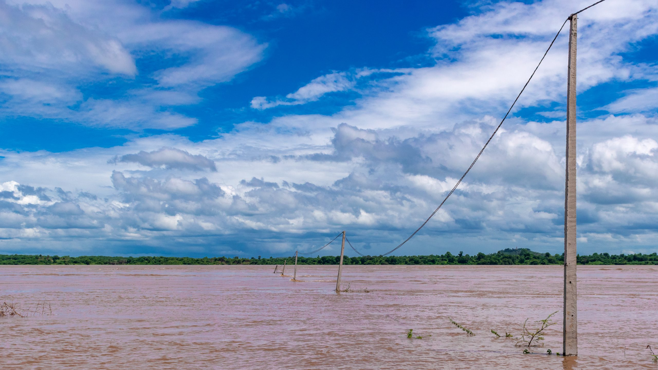 Overflow on Narmada river