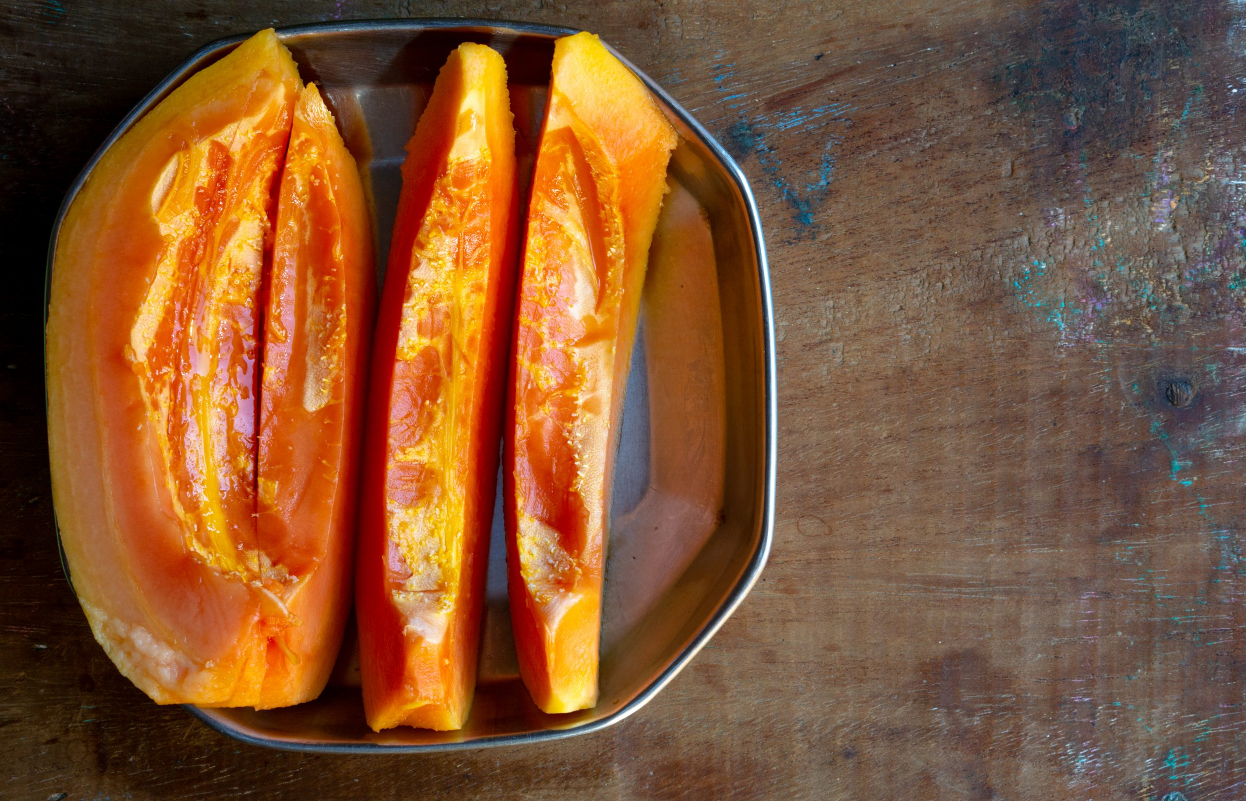 Papaya pieces in plate