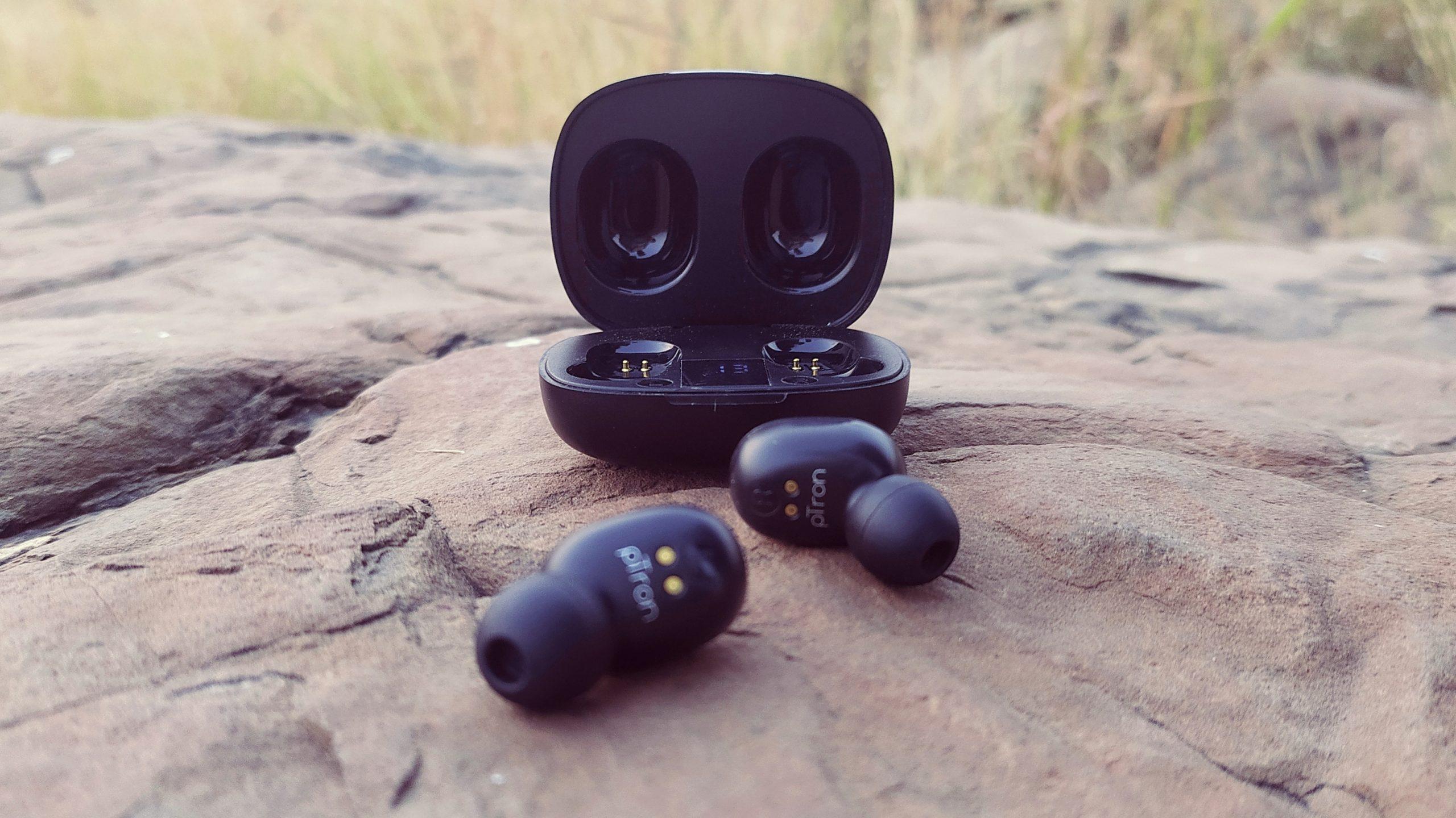 Smart earphones