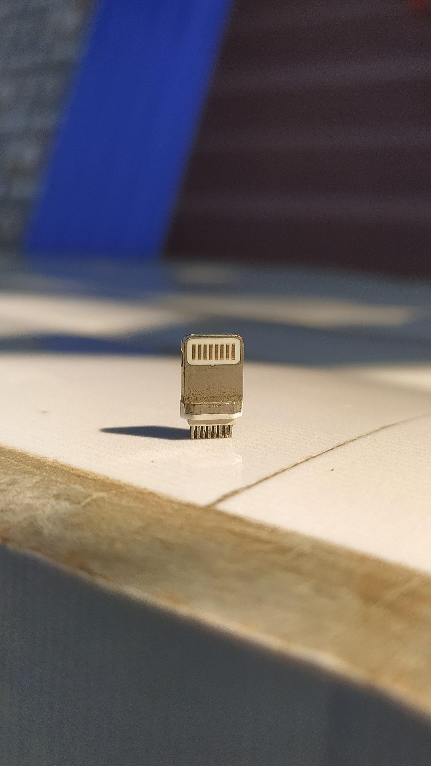 Mobile phone charging jack pin
