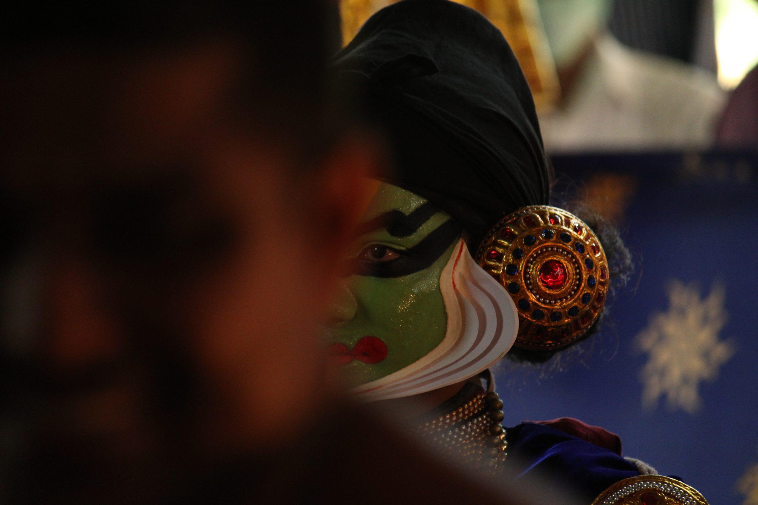 A kathakali artist