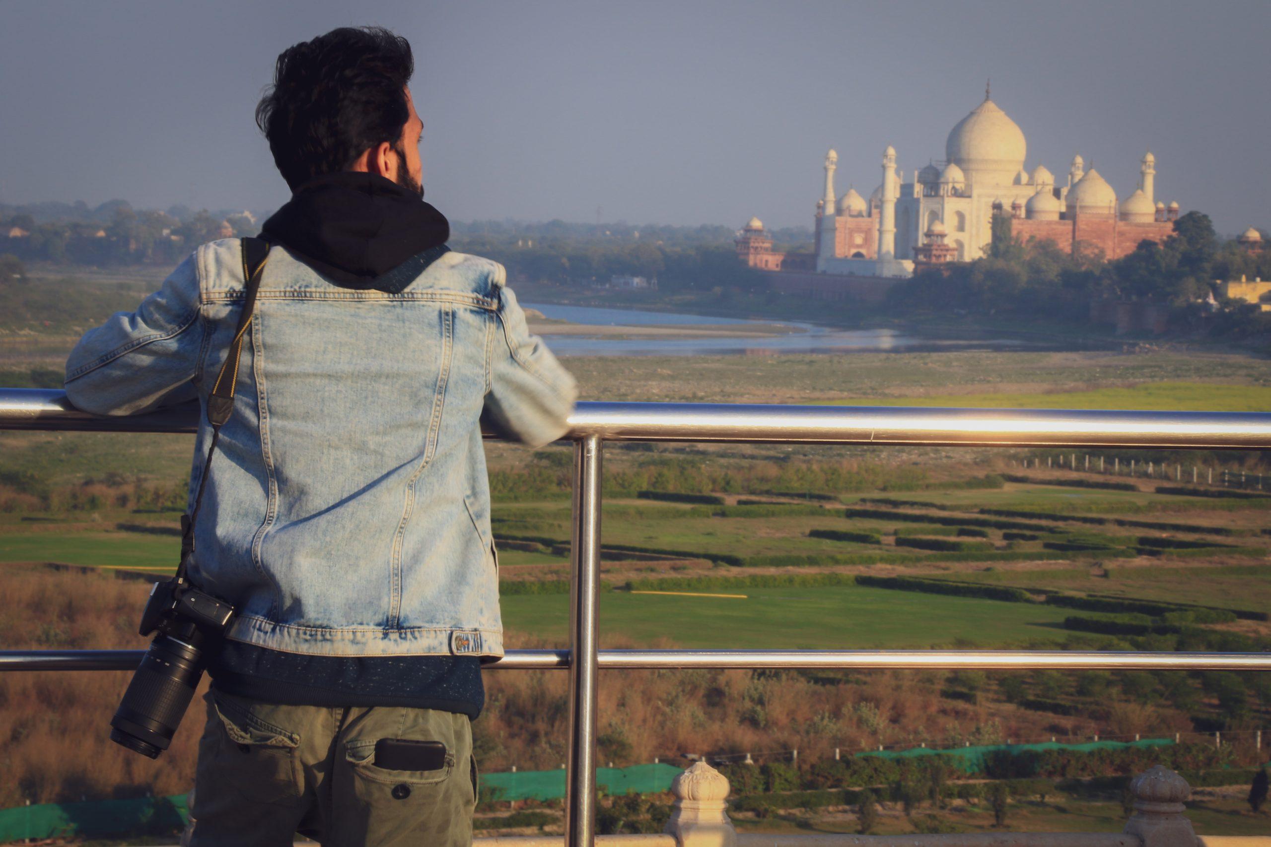 A photographer near Taj Mahal