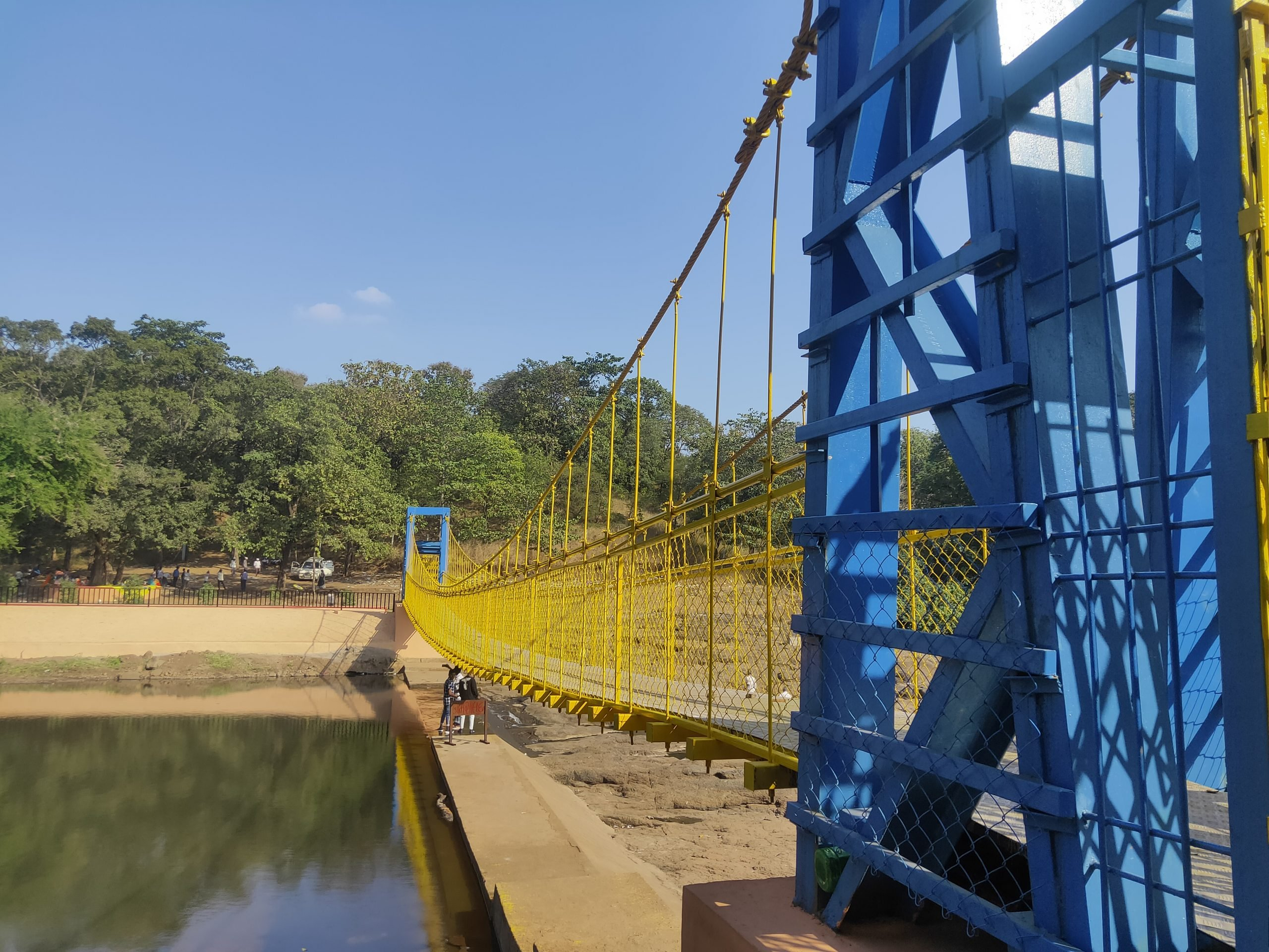 A cable strayed bridge