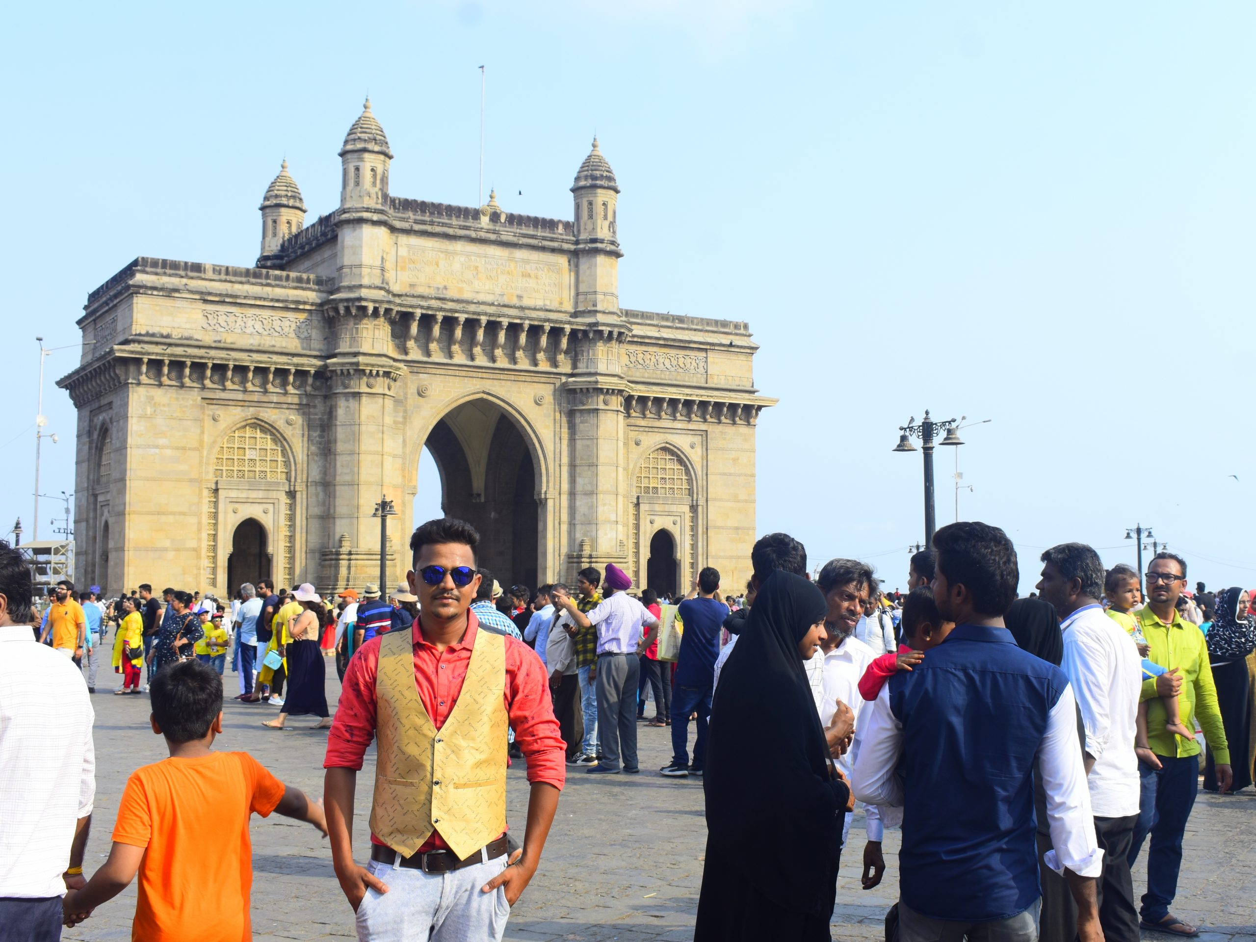 Tourists at Gateway of India in Mumbai