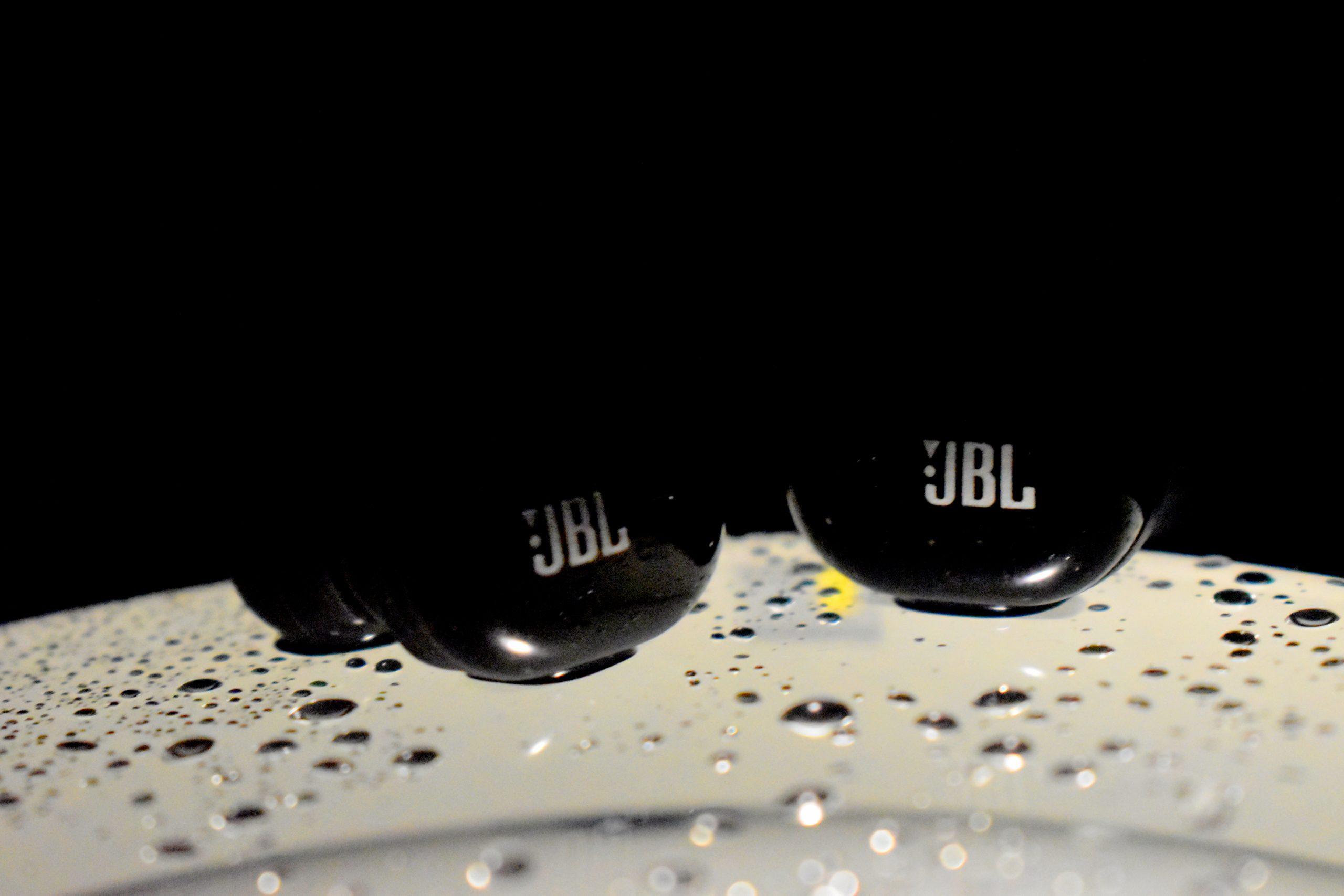 JBL wireless earpods