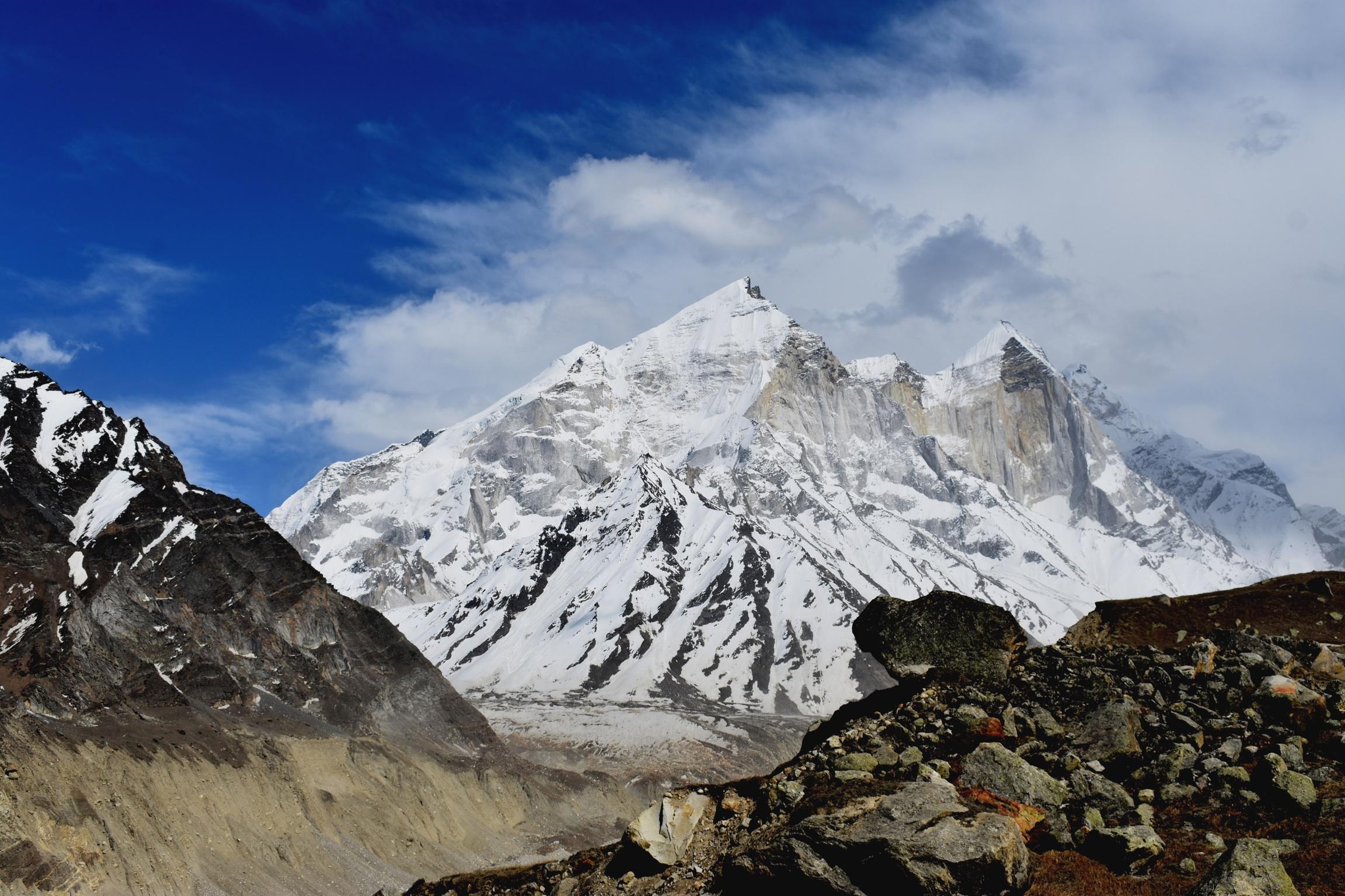 Snowy mountains of Himalaya