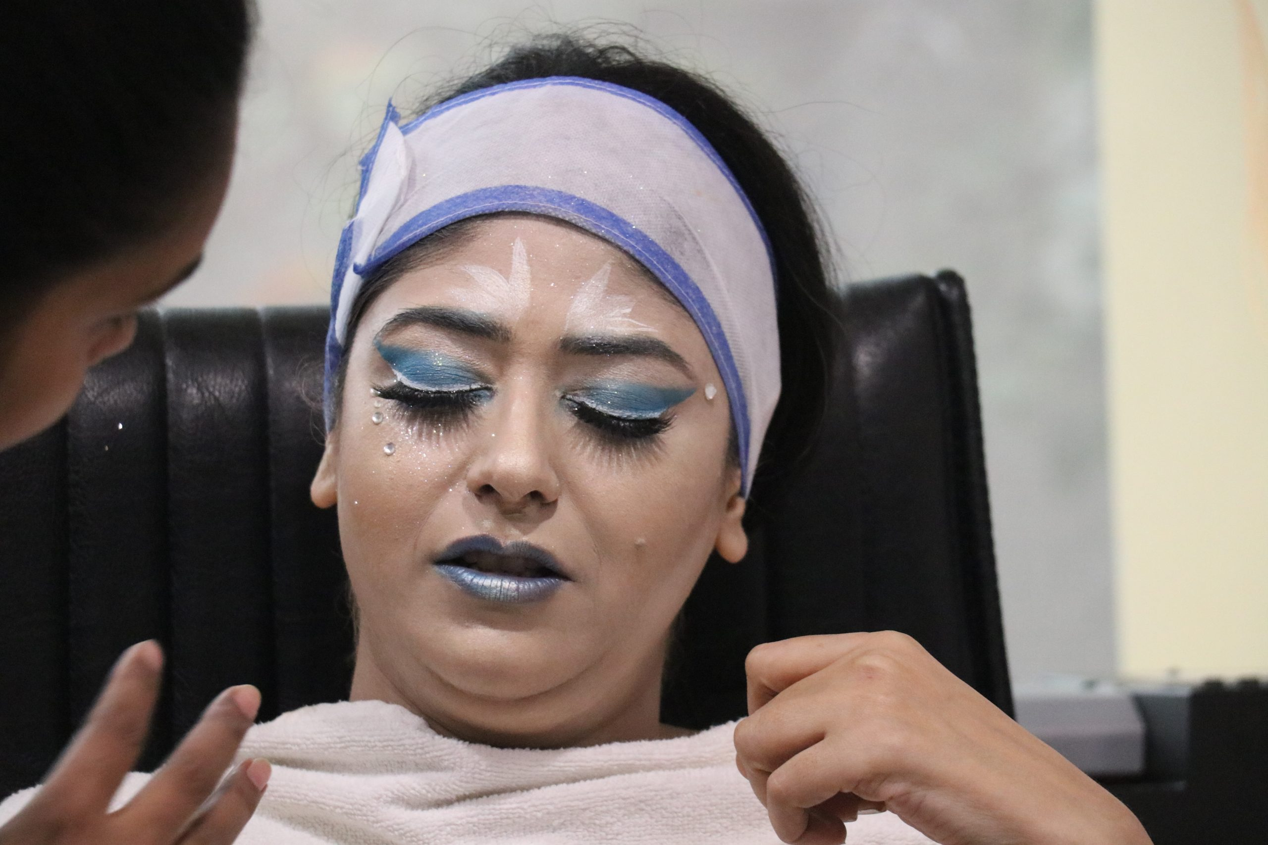 A girl at beauty parlour