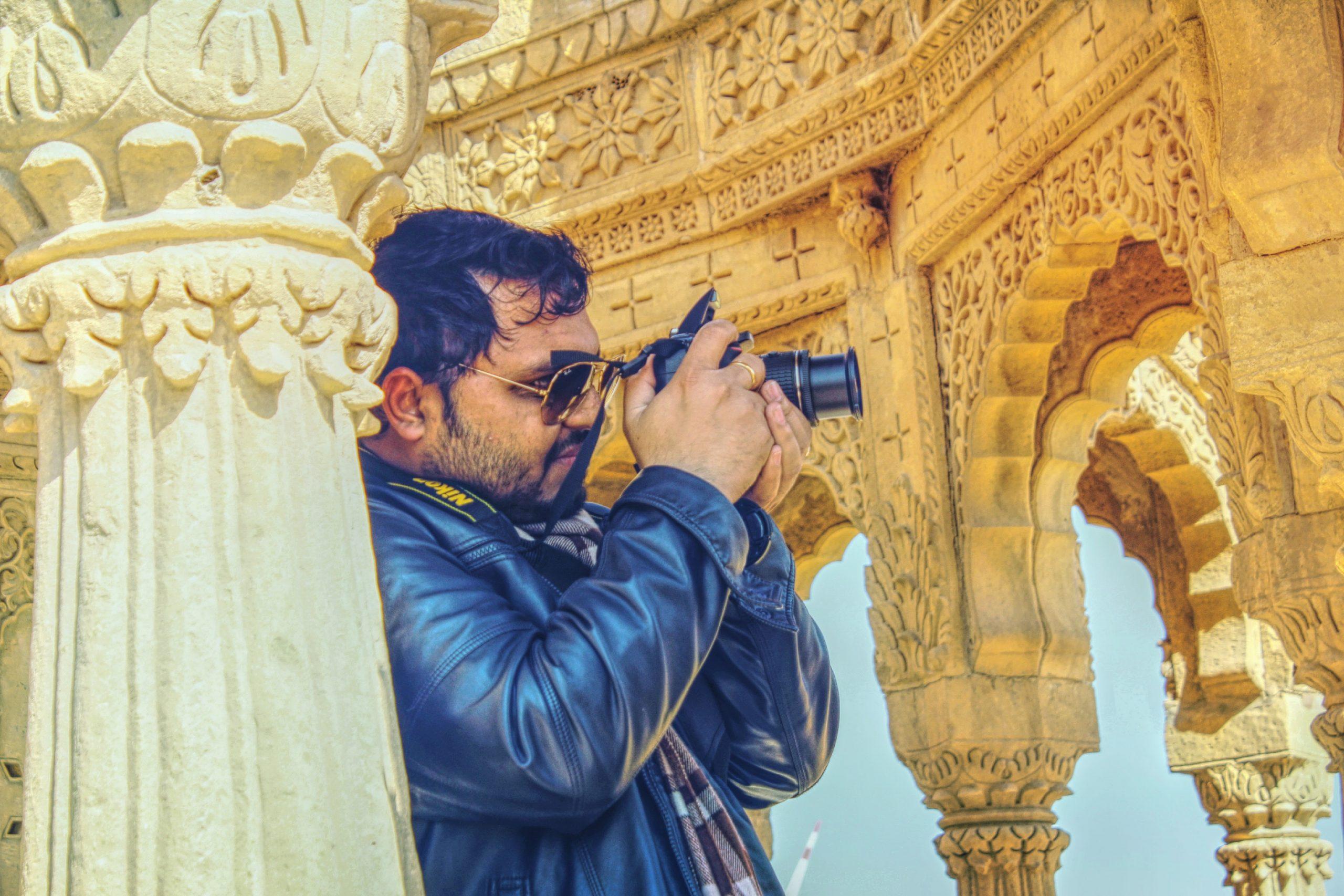 A photographer at Safdarjung tomb