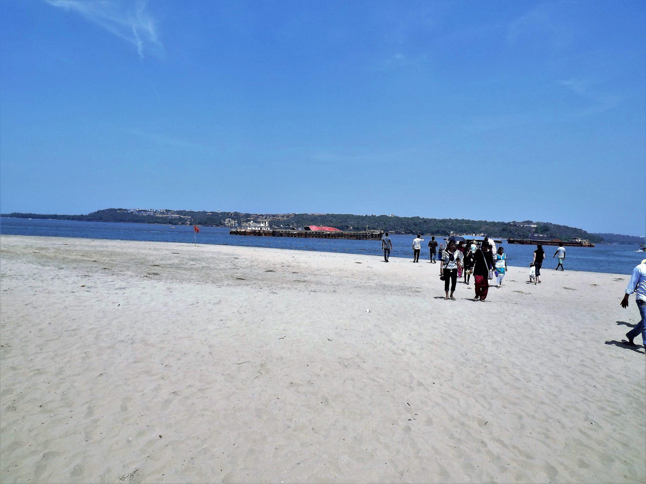 People at Goa beach