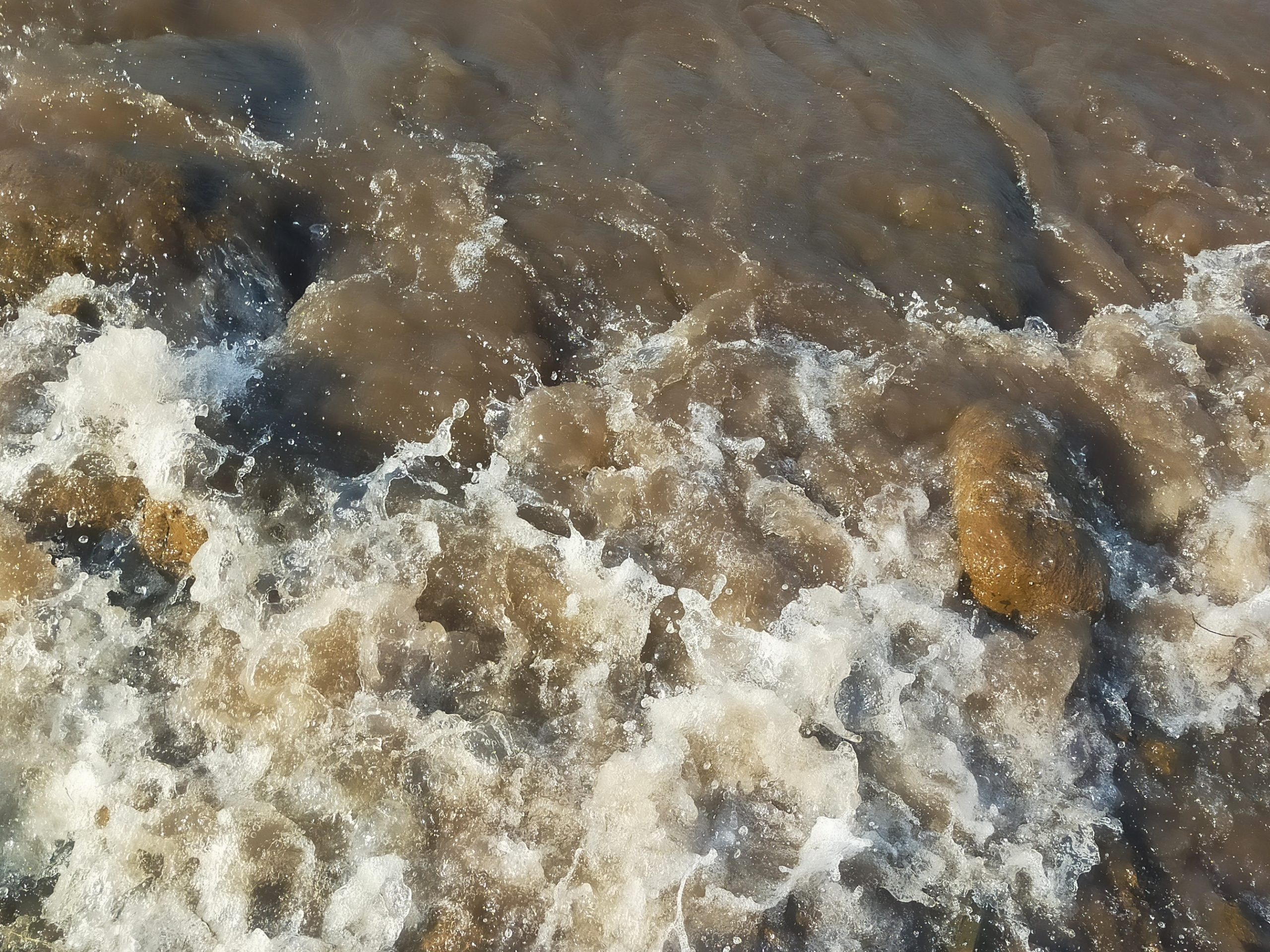 Water waves and splash
