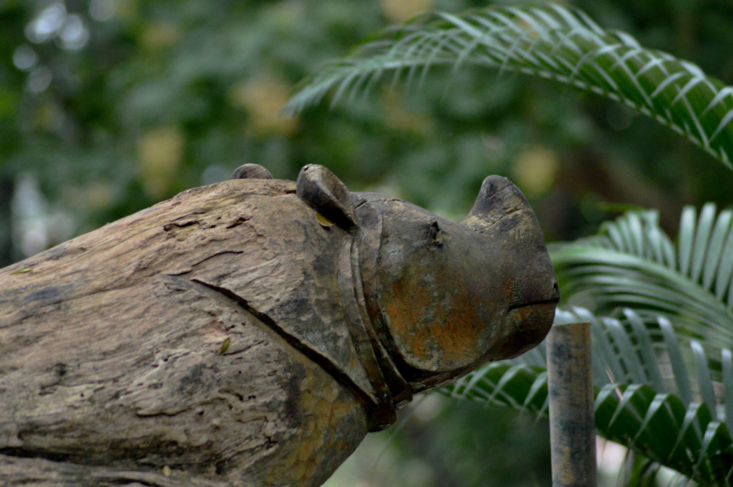 An animals statue