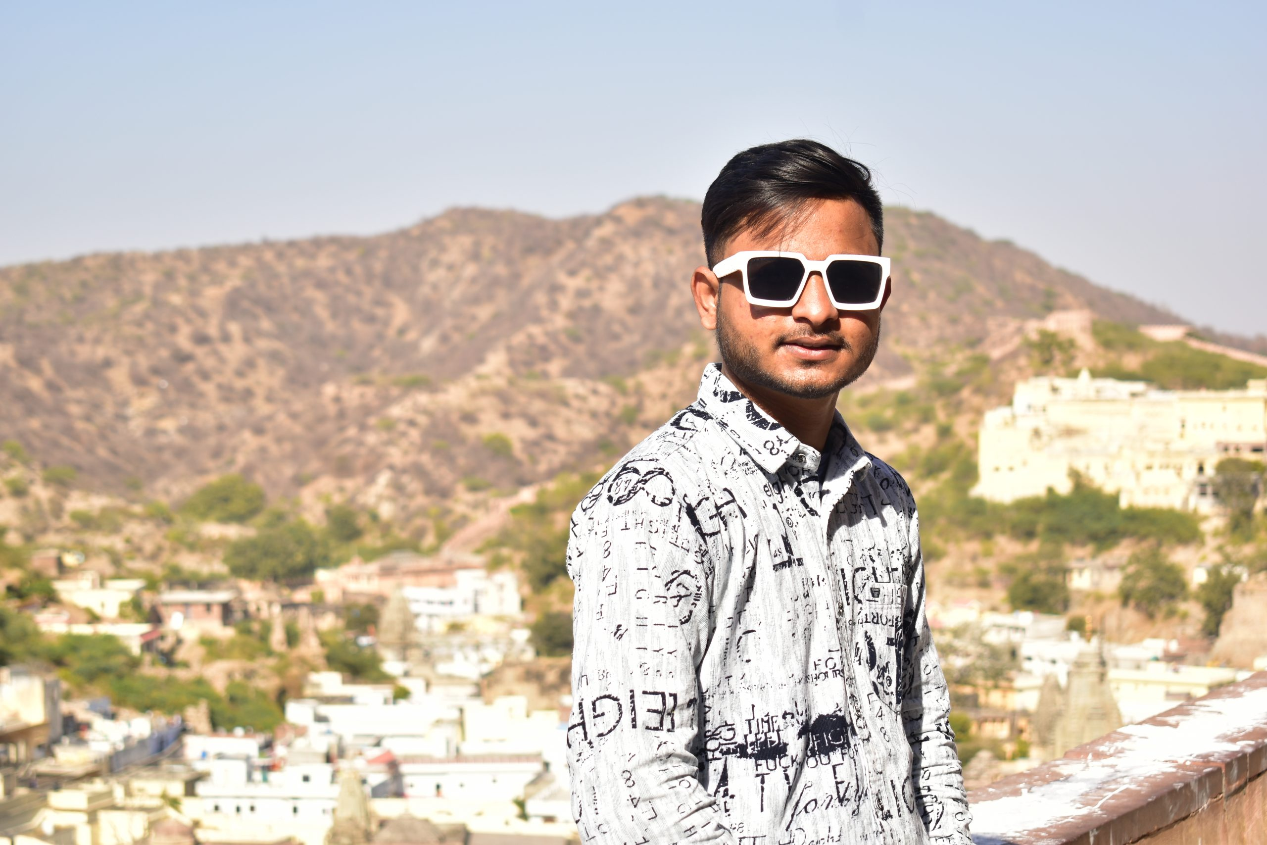 A boy at Amer fort