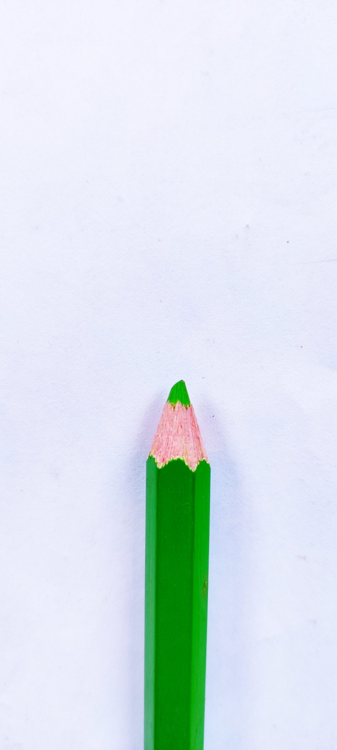 A green color pencil