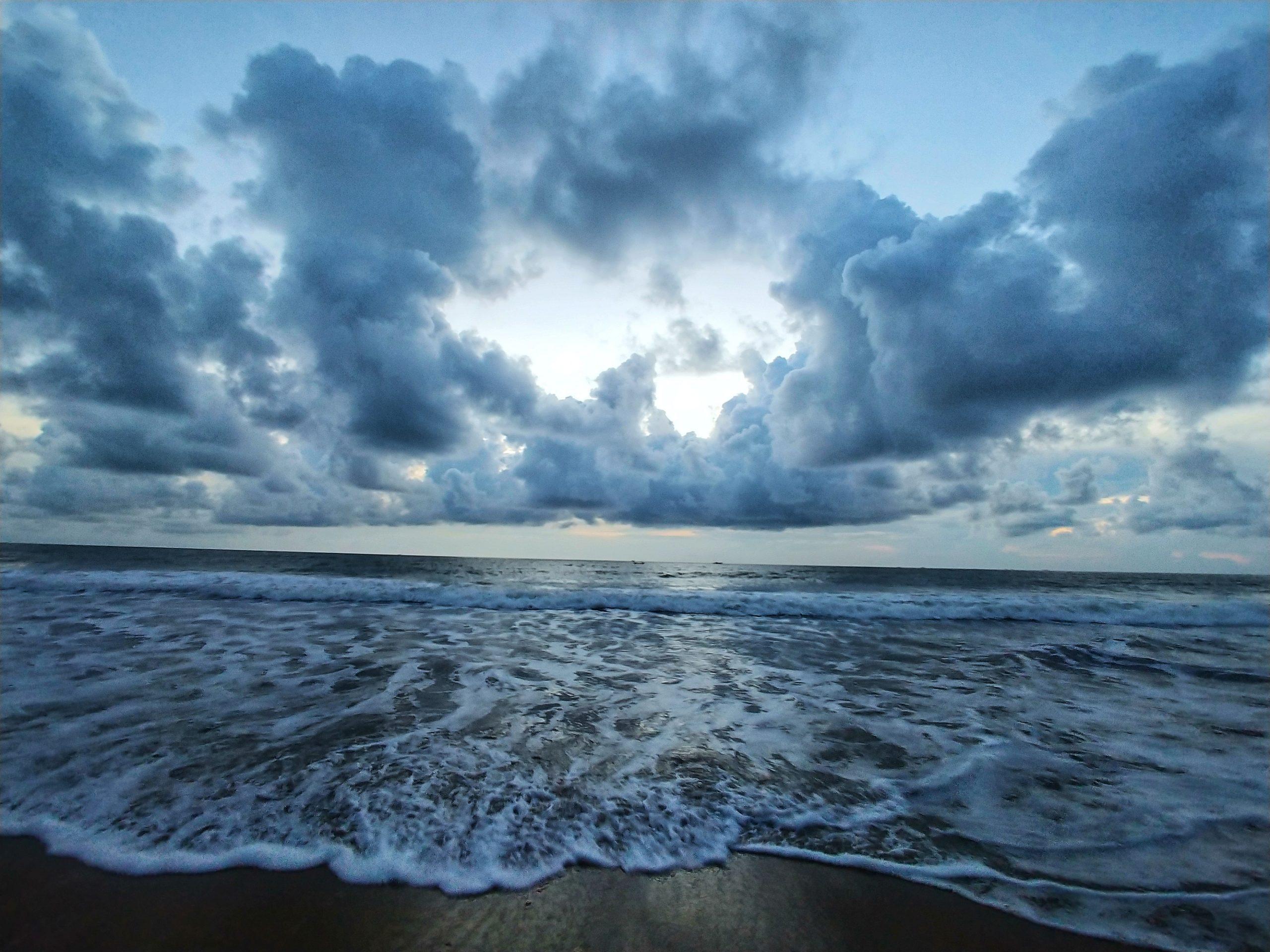 sea waves and sky