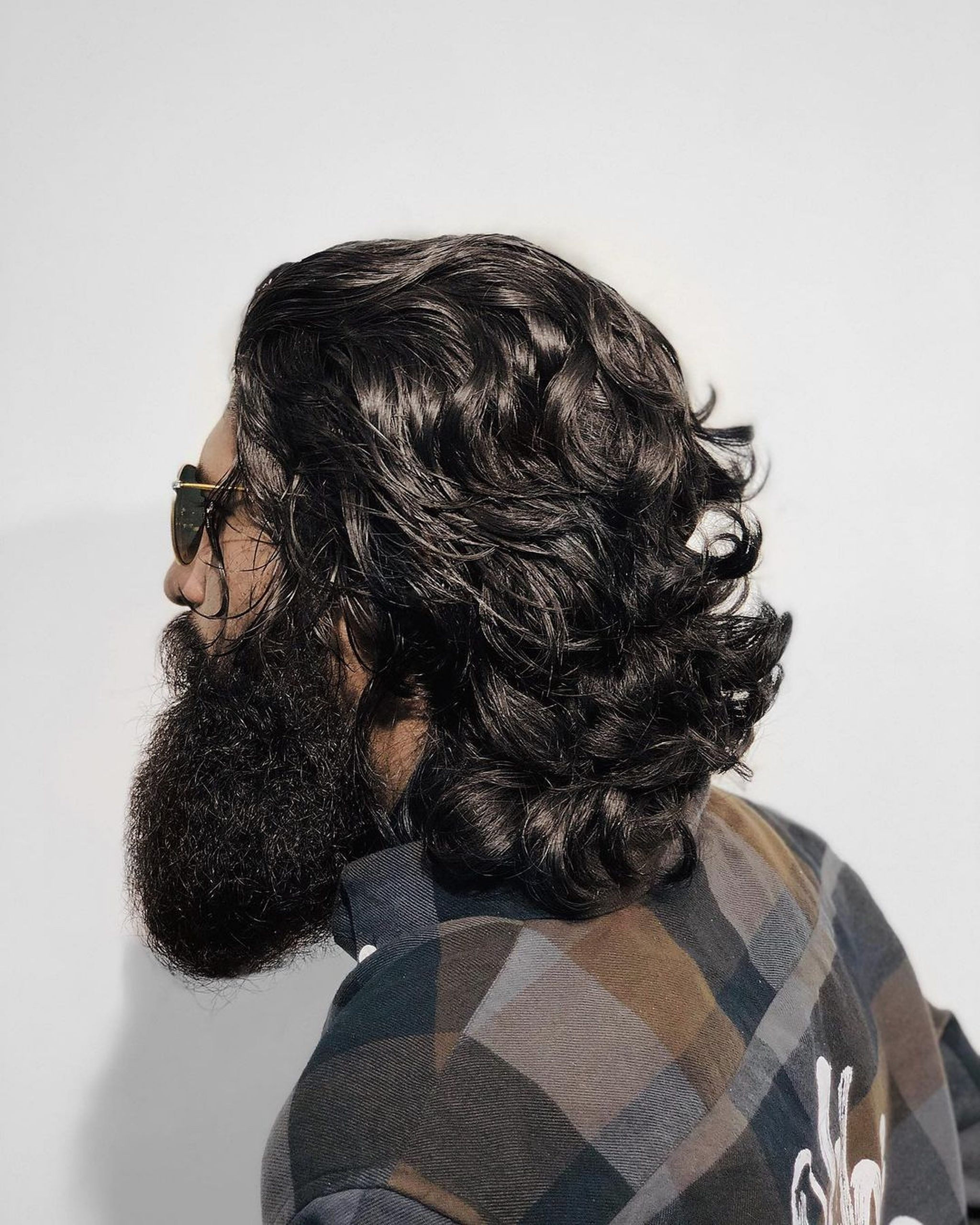 Beard man back profile