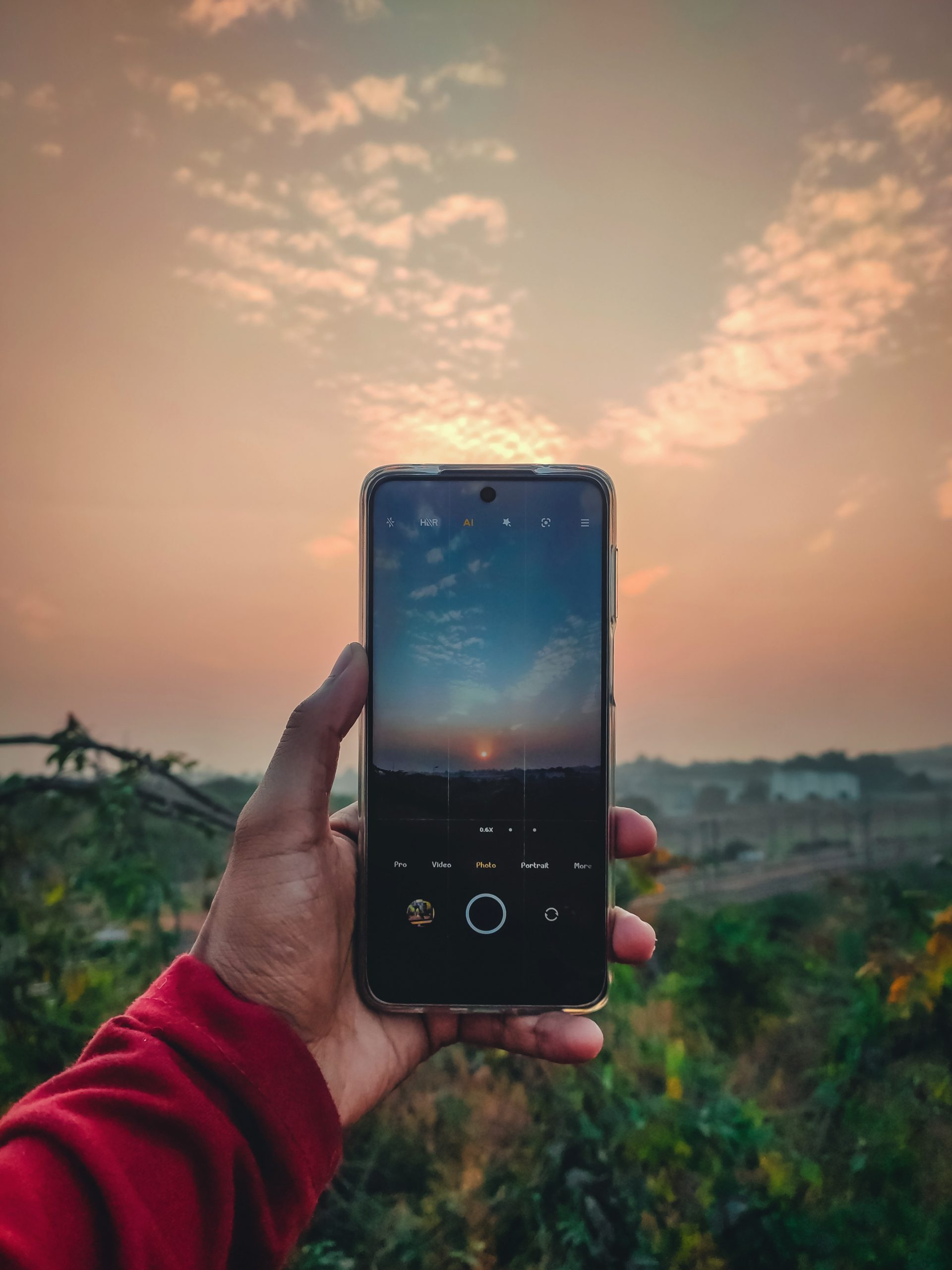 Capturing sunset view in mobile phone
