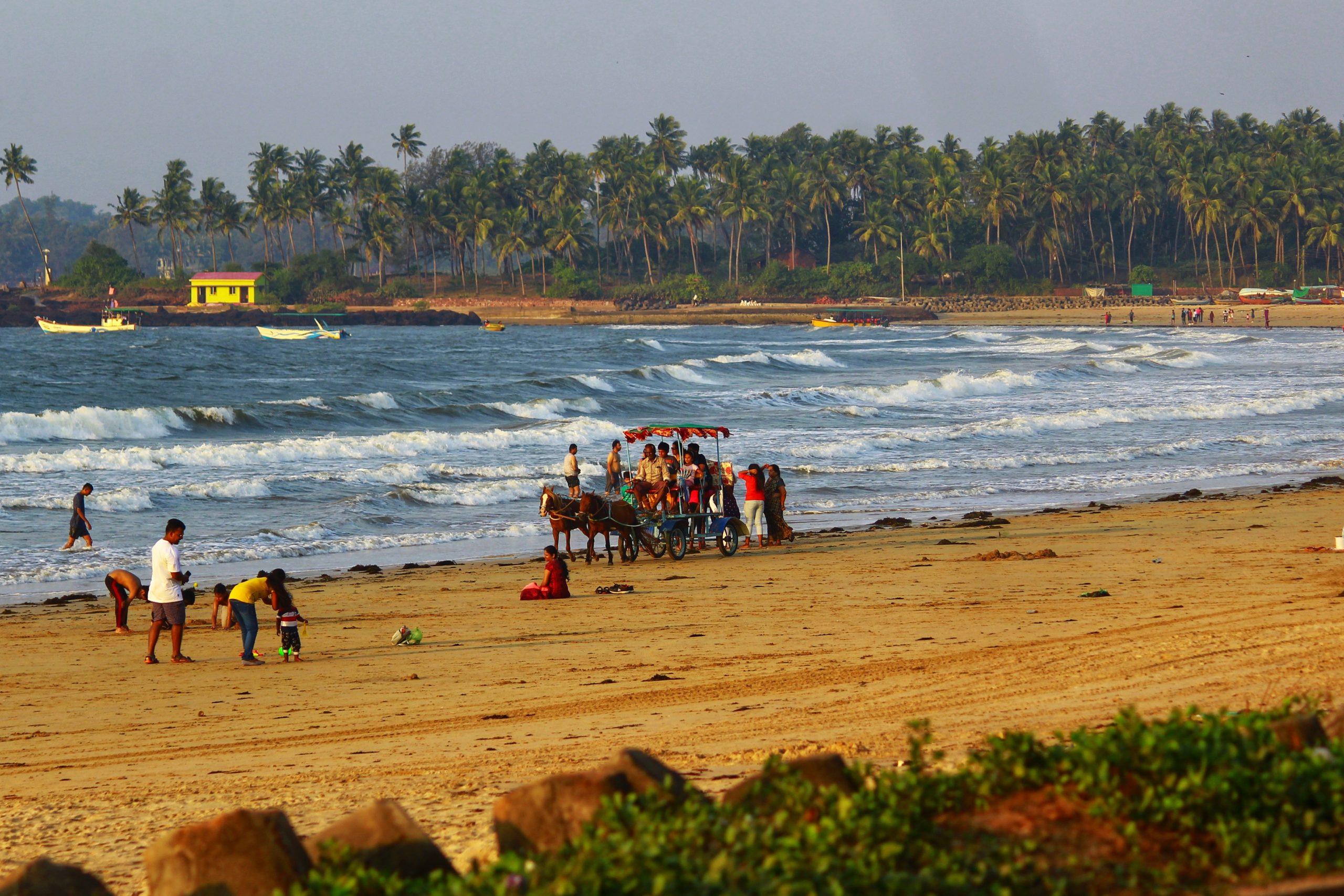 People at Chiwala beach