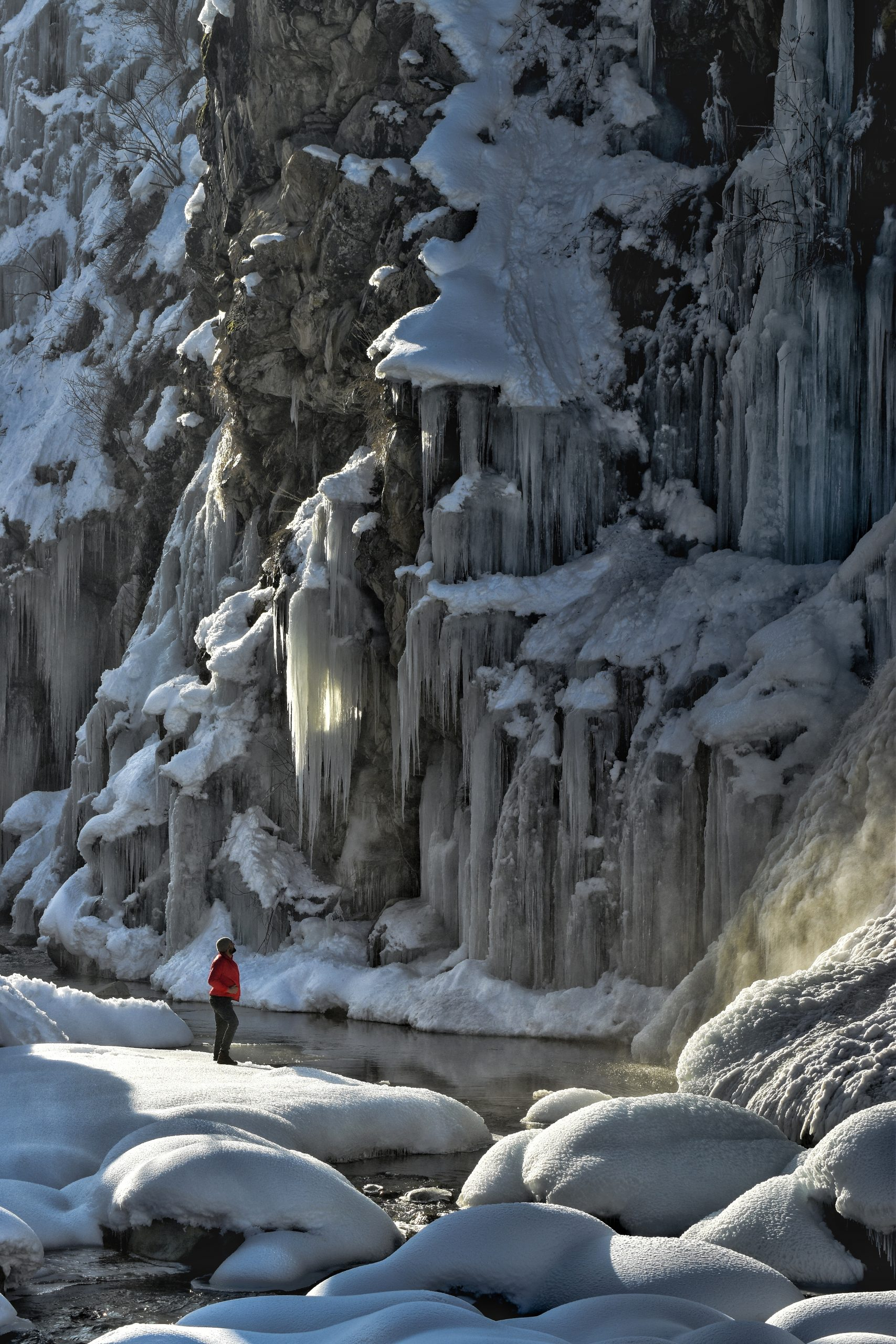 Frozen waterfall in kashmir