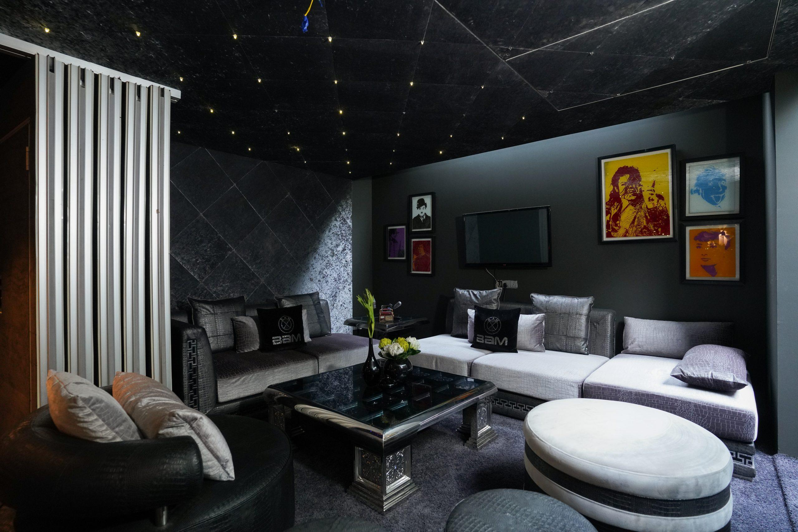Interior decoration of a room