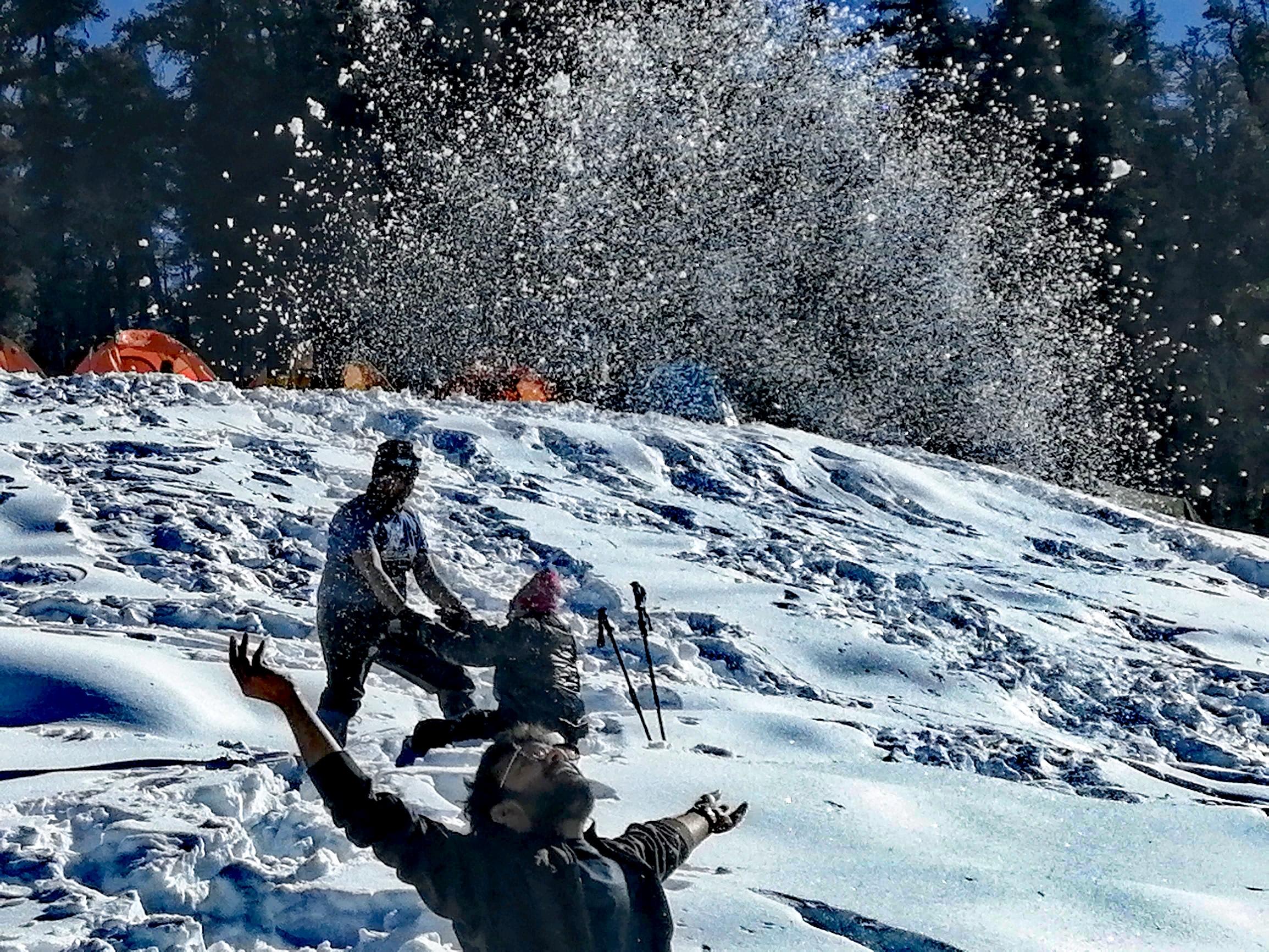 People enjoying snow at Kedarnath Trek