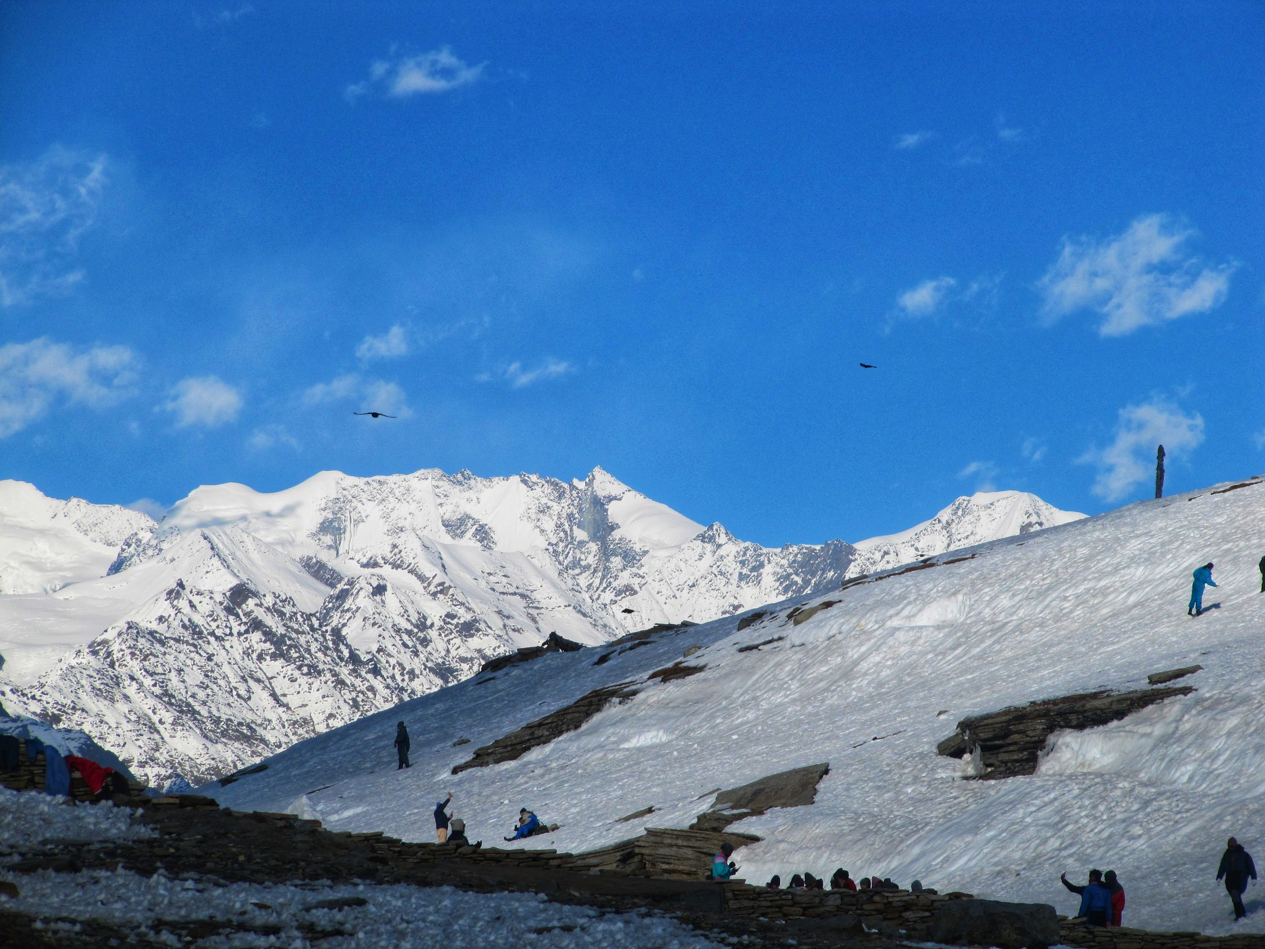 Rohtang pass Snow mountains