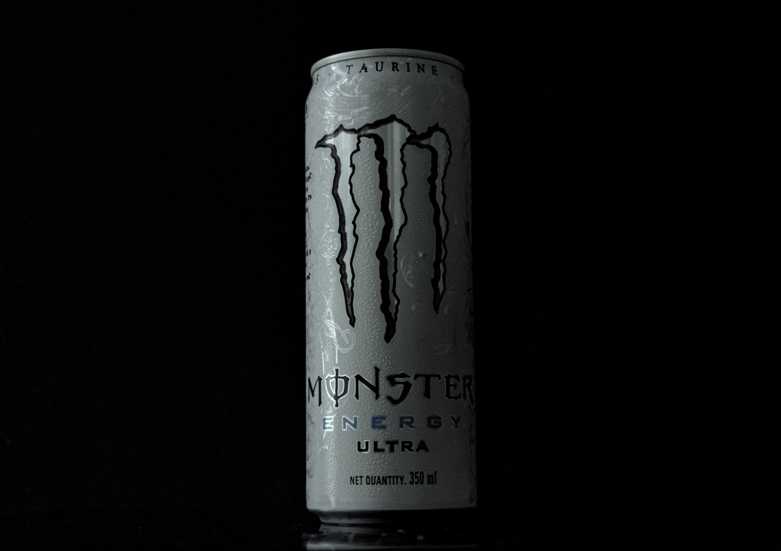 An energy drink can
