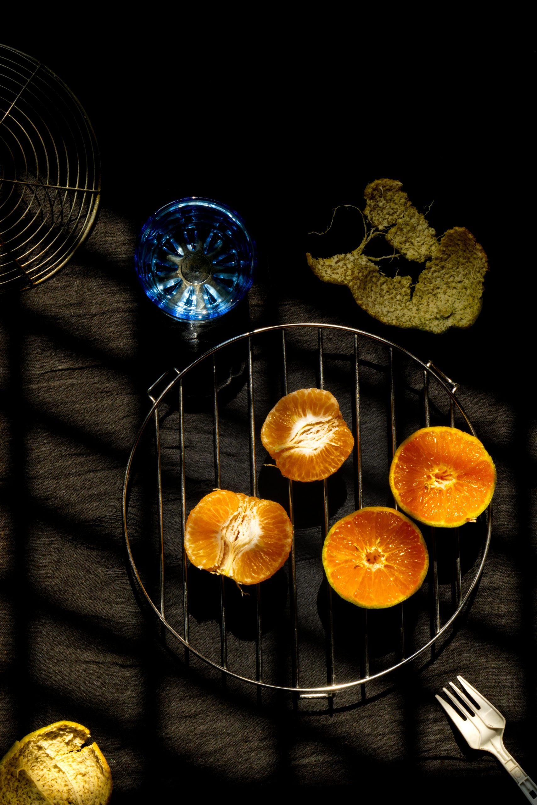 Pealed oranges to eat