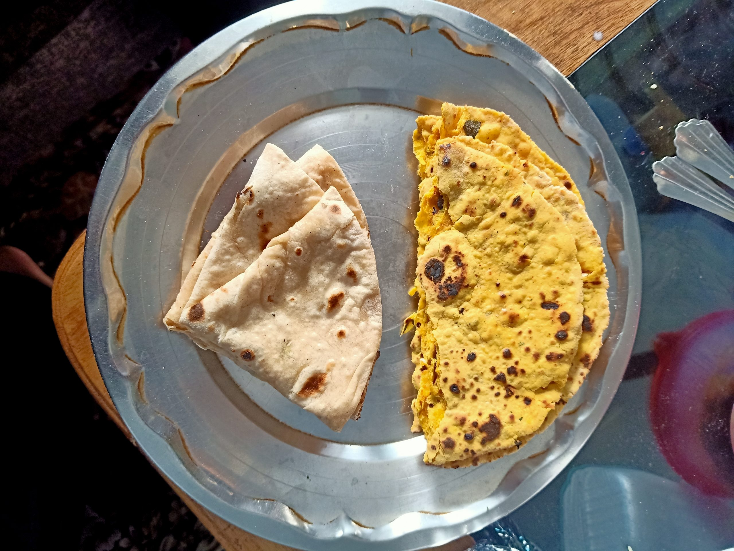 Besan and wheat roti