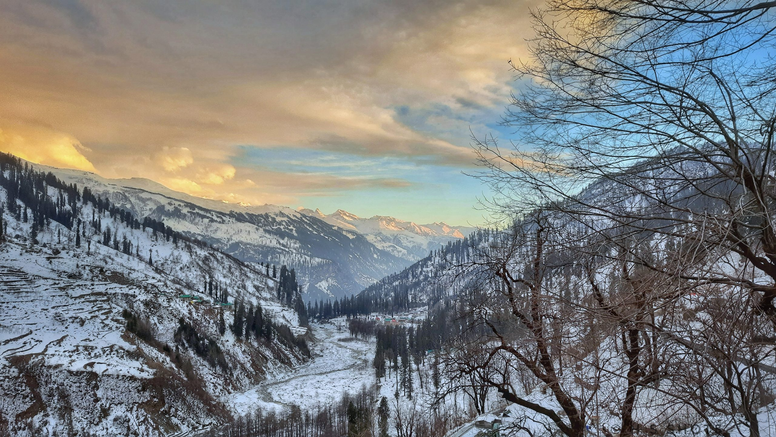 Snowy Hills of Manali