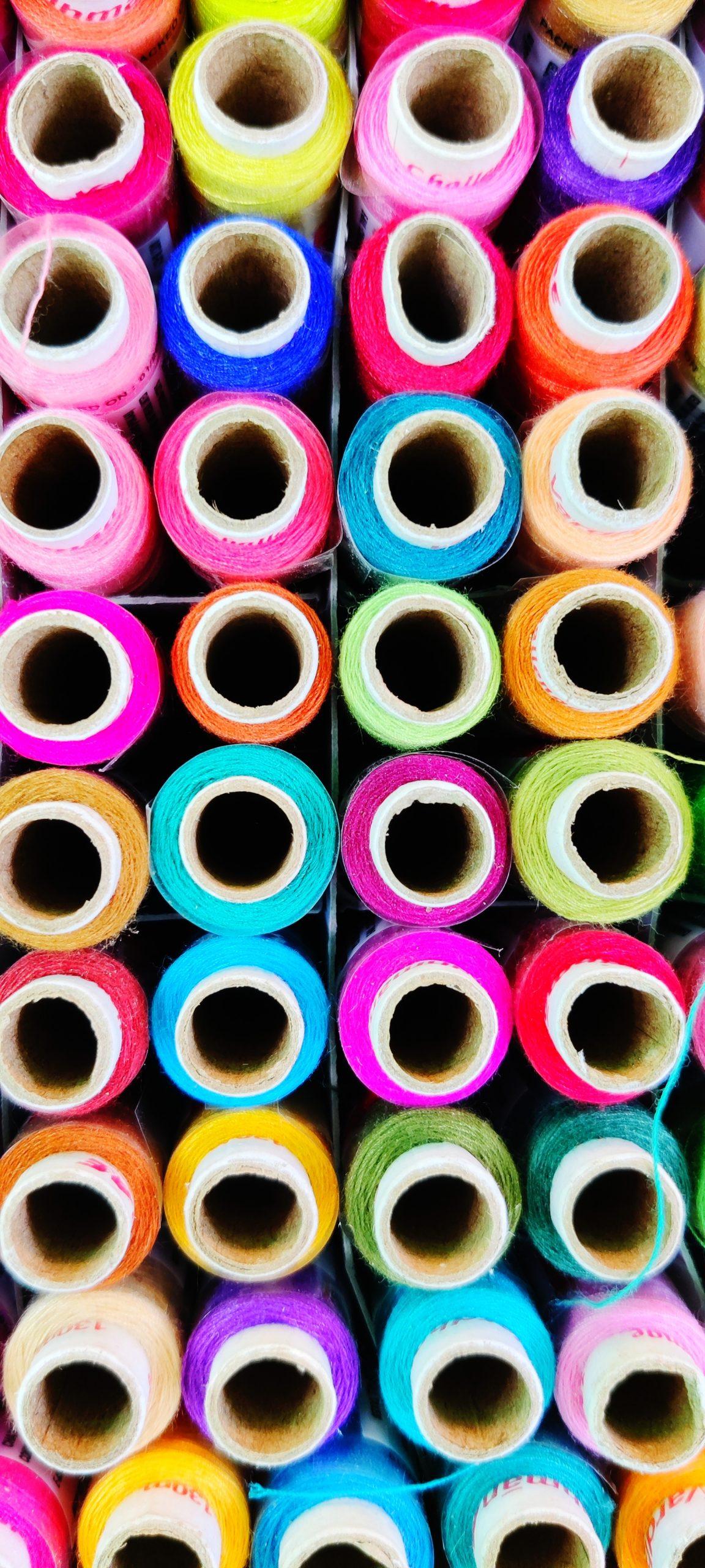 Stitching thread roll