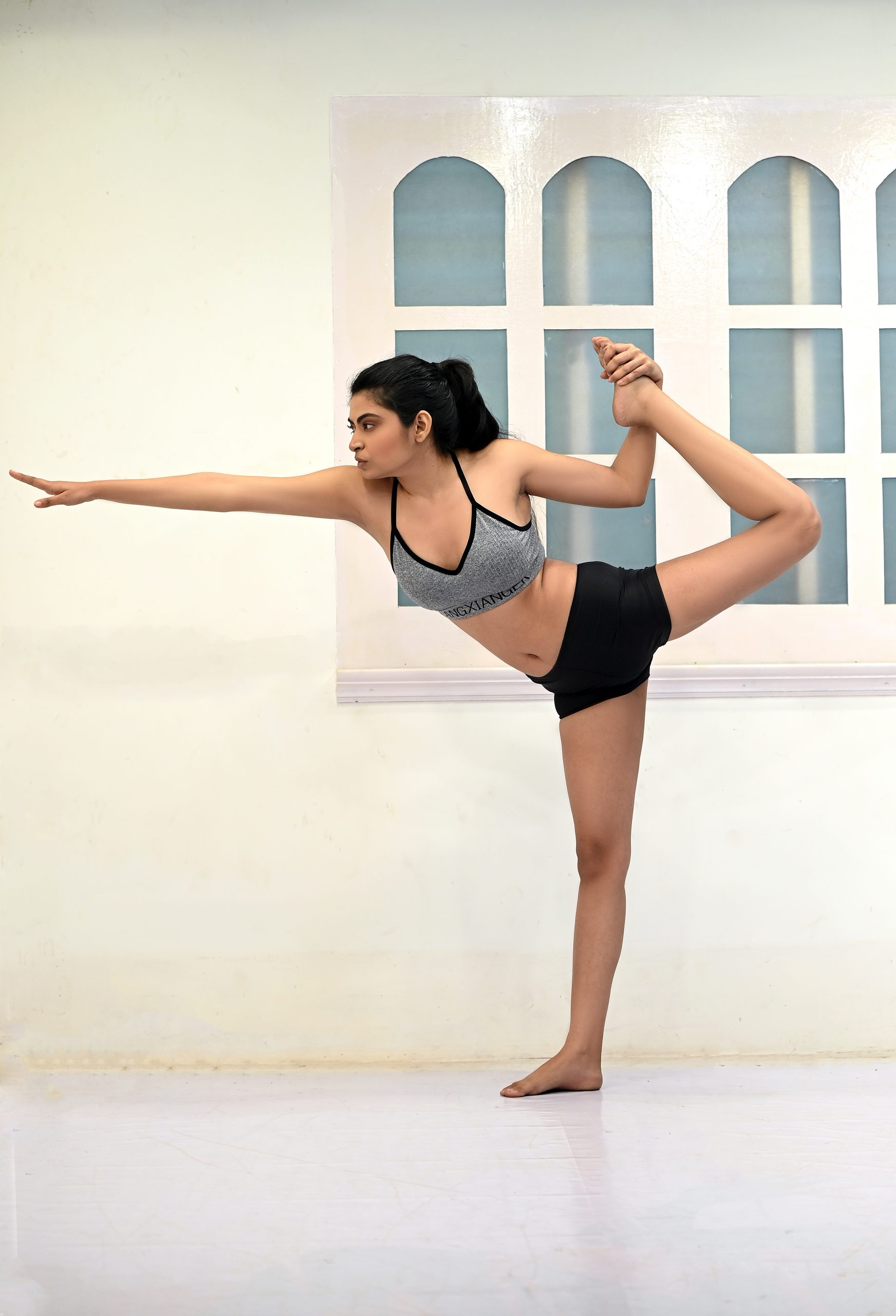 girl going Yoga