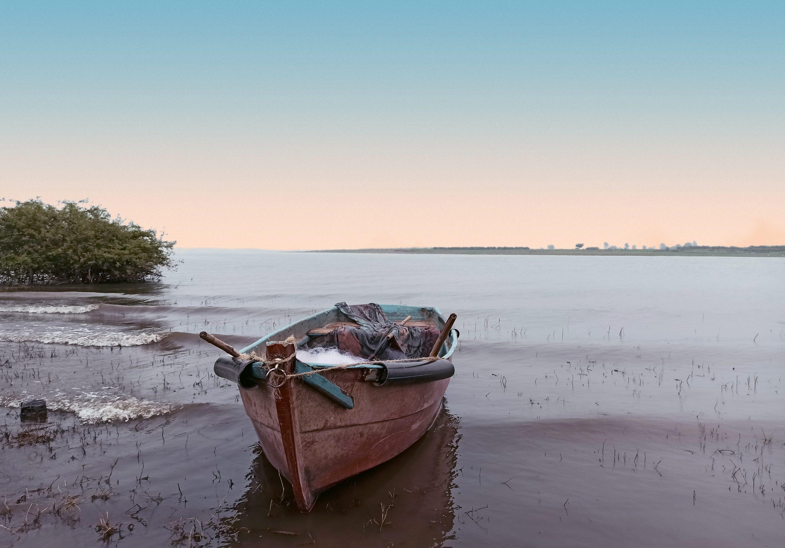 A boat at shore
