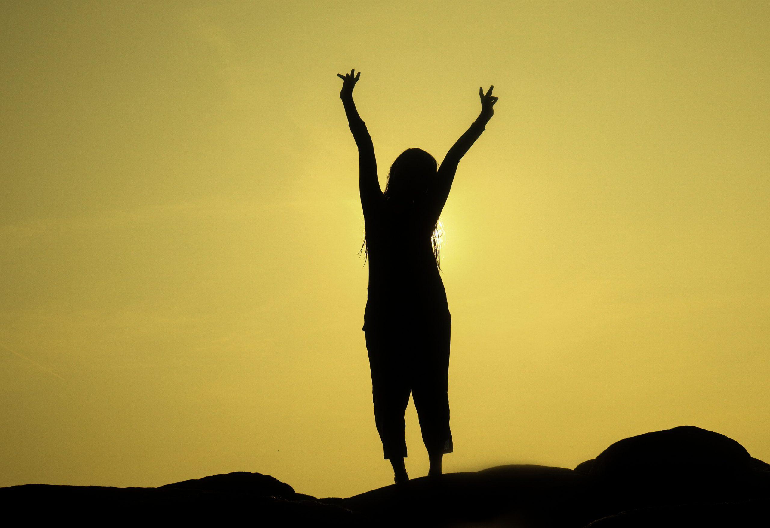 Girl posing in Sunset