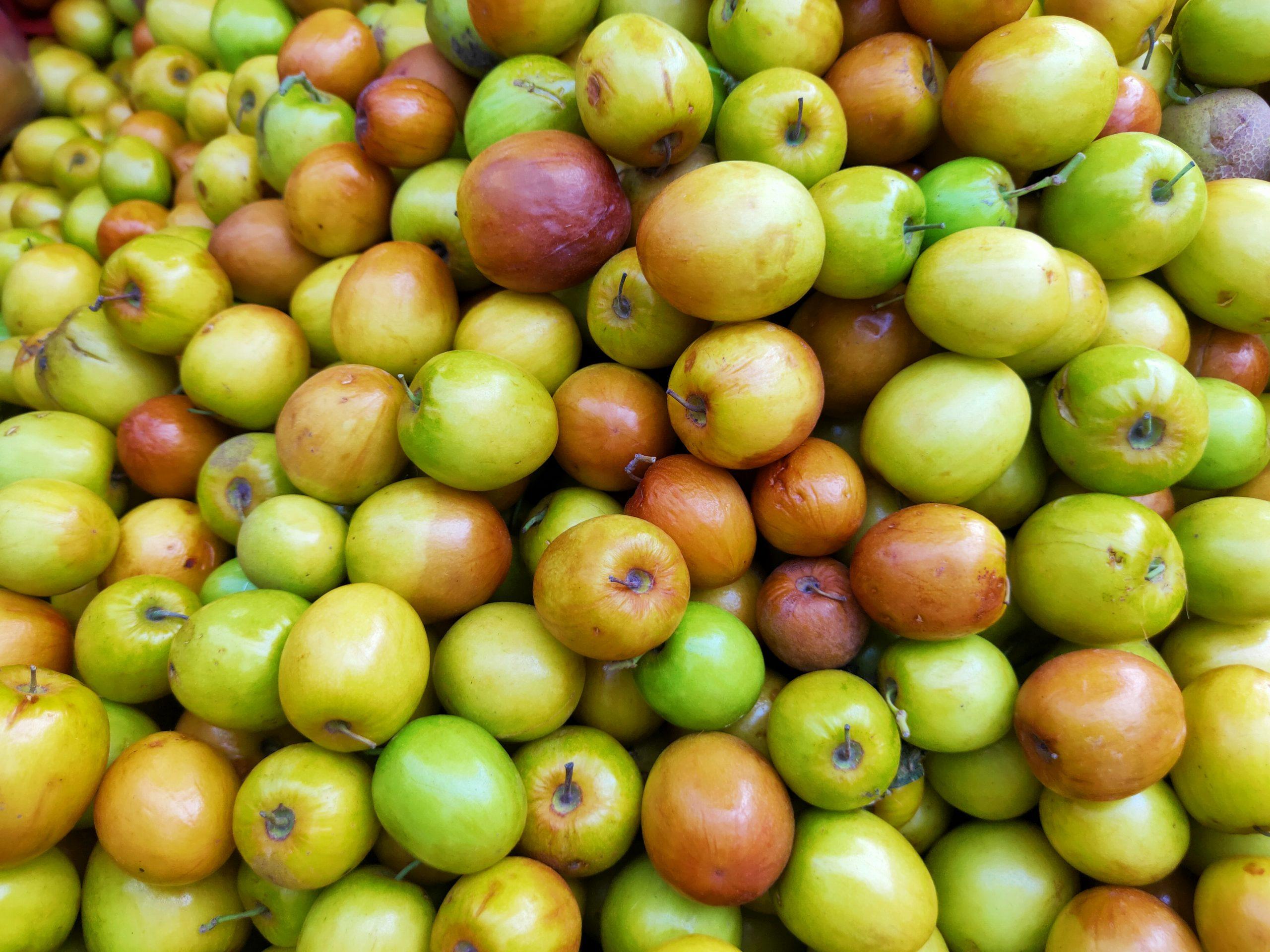 A heap of jujube fruits