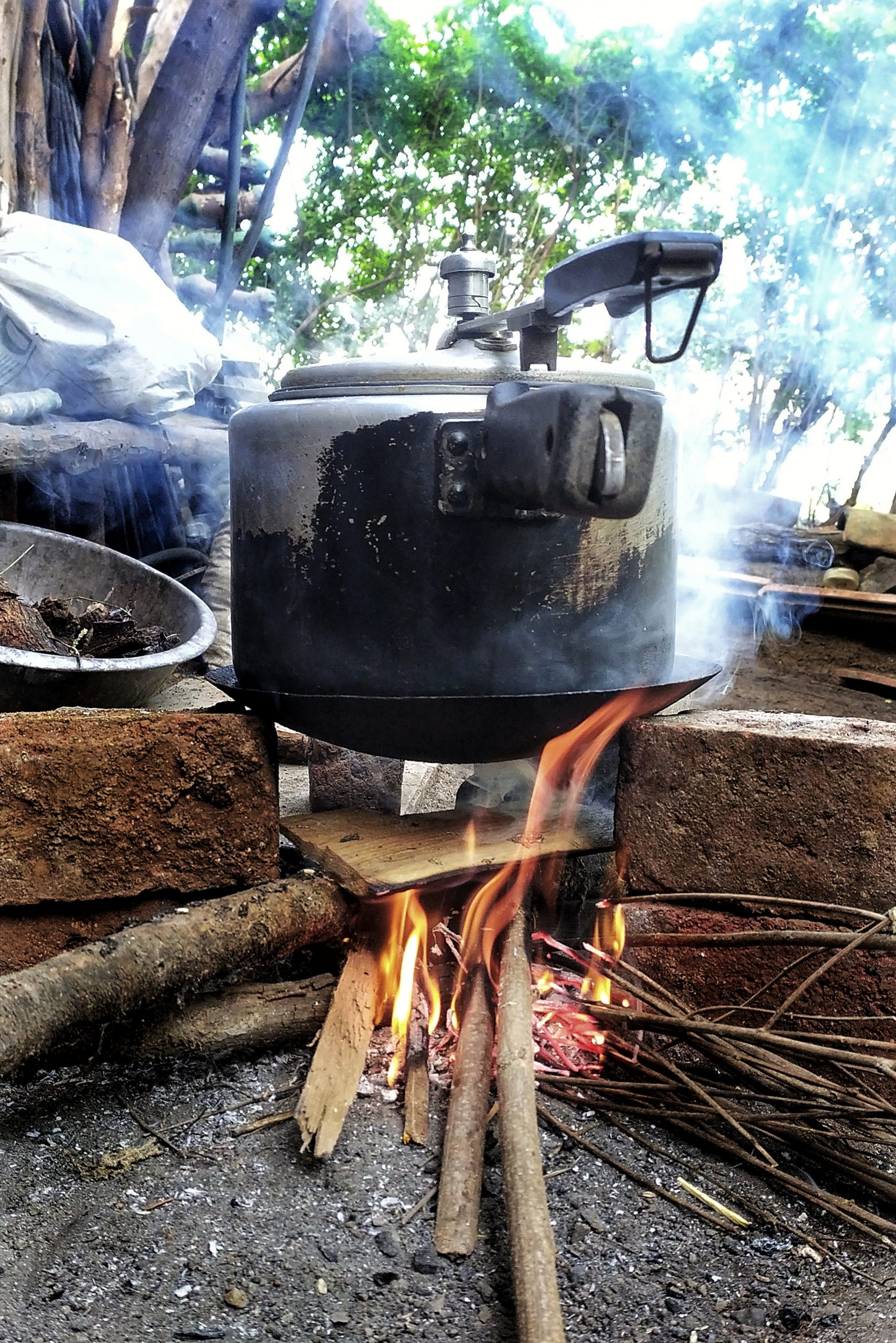 Cooker on the fire