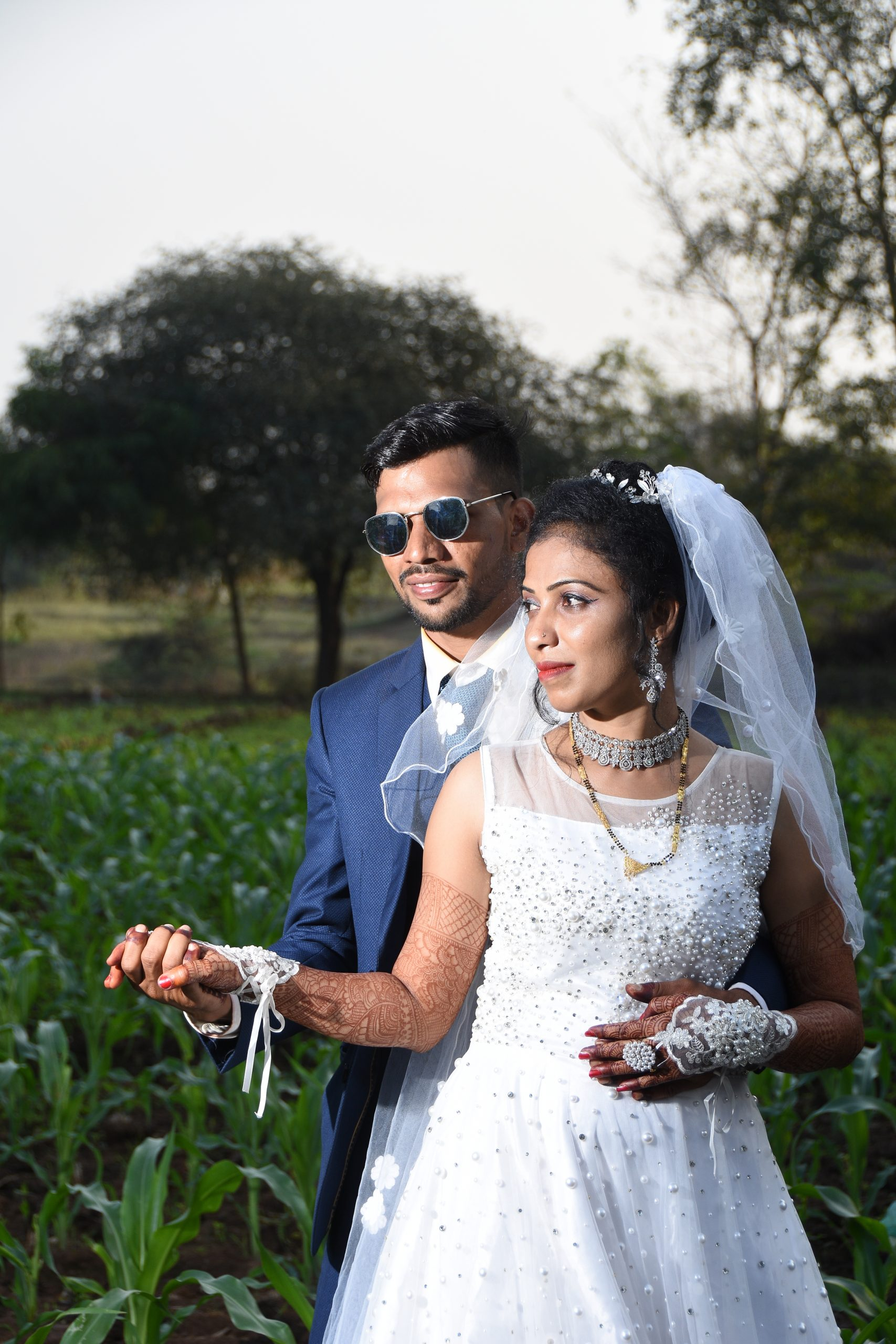 Couples posing in the farm