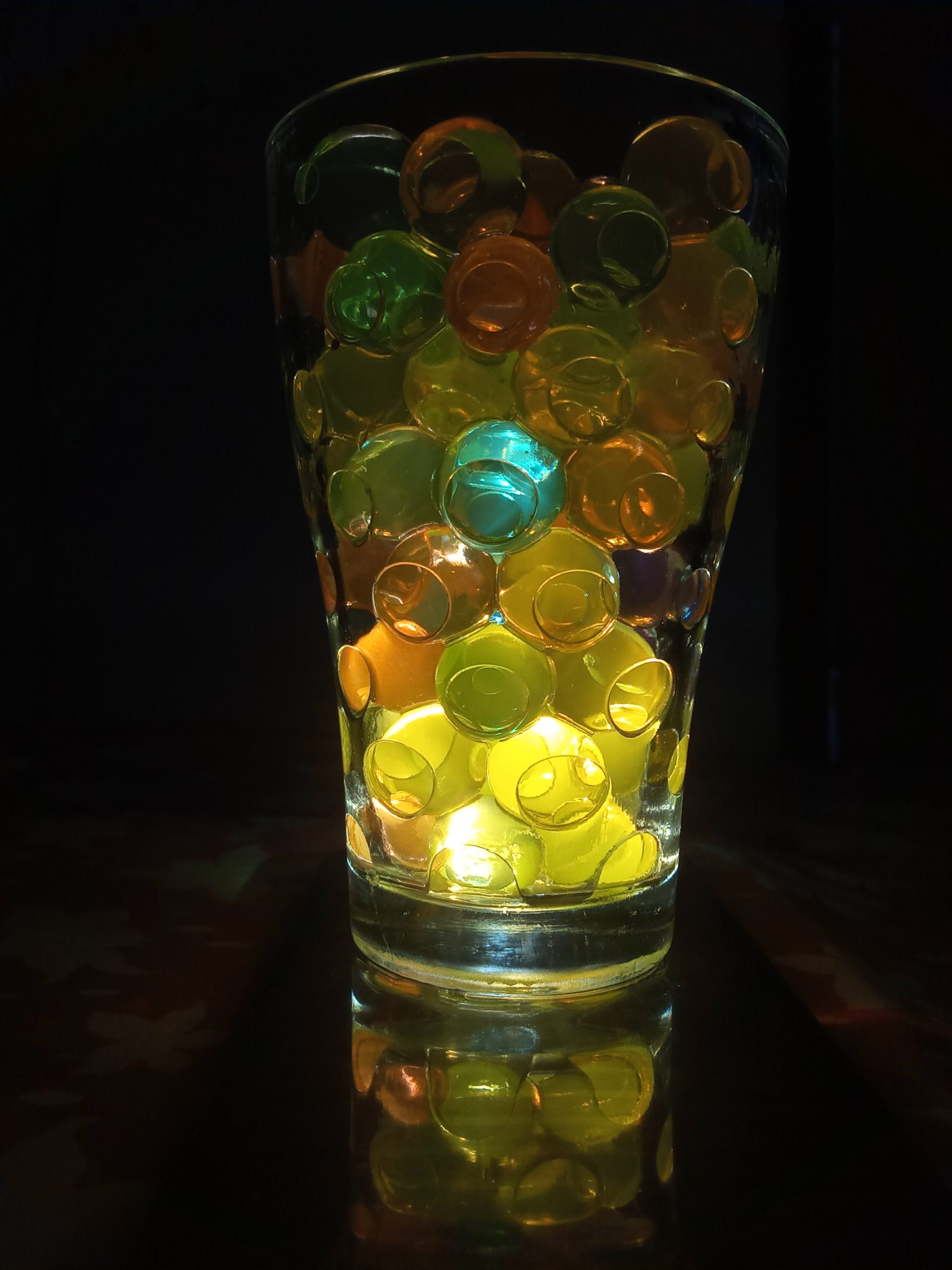 Polymer water balls in a glass