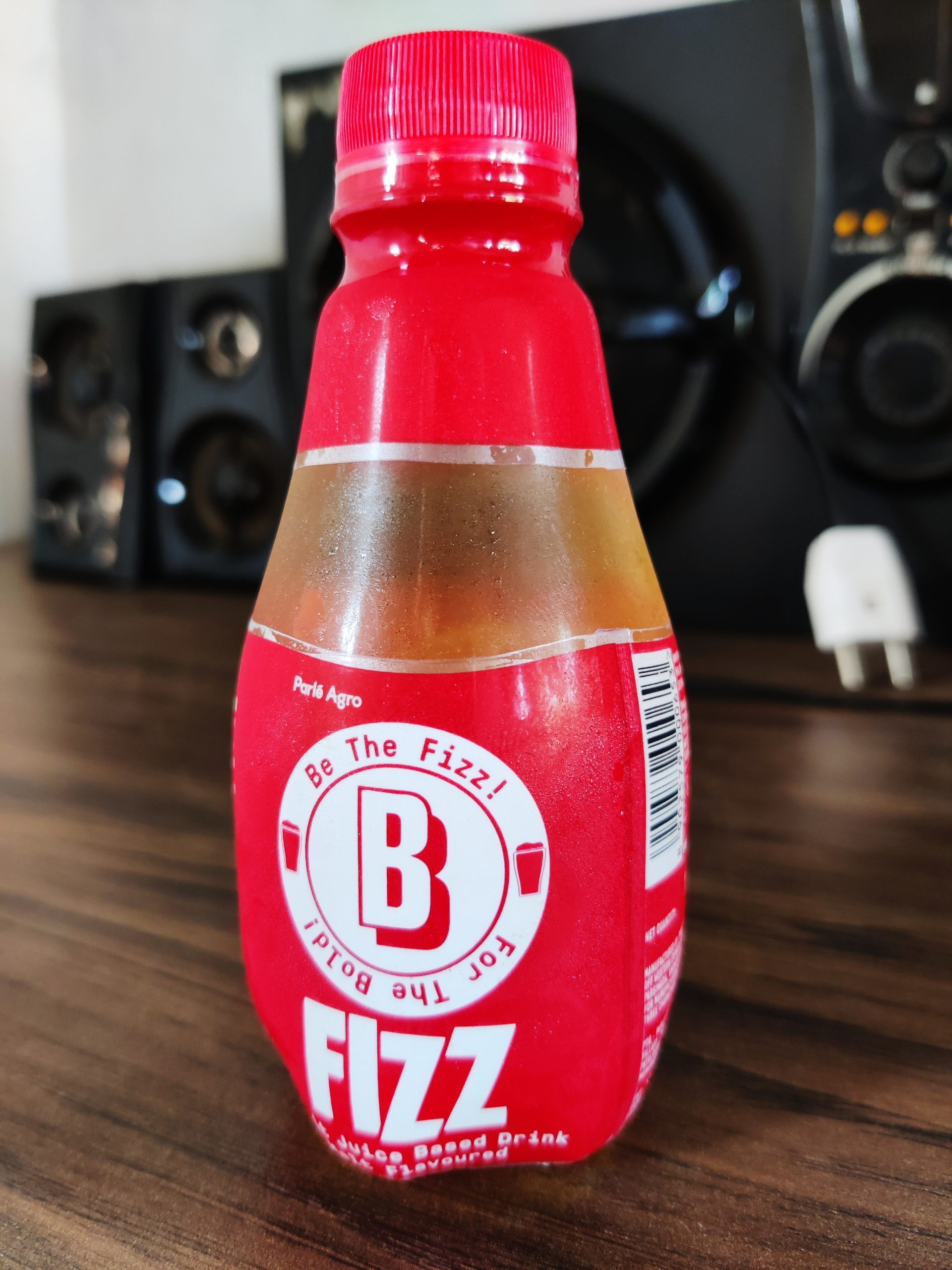 Fizz on table