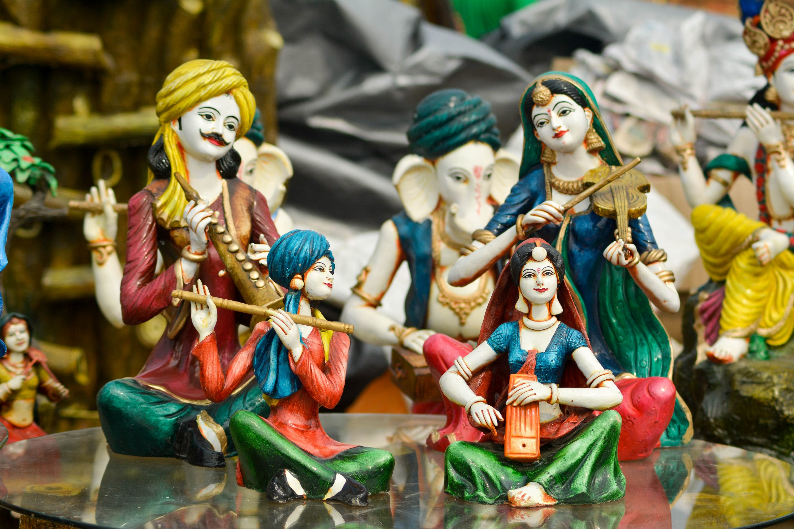 Handmade statues of Indian people